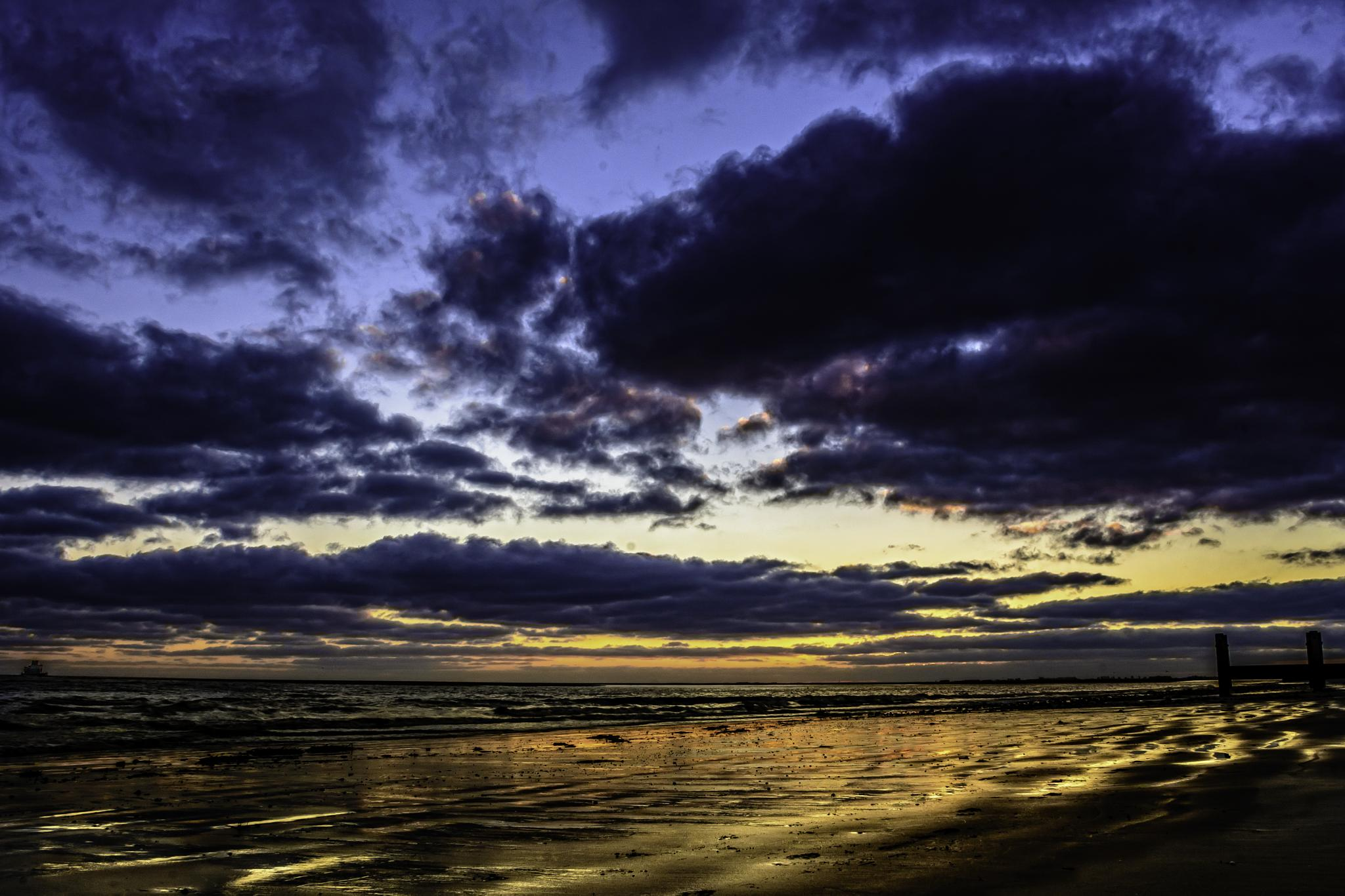 Sunrise by richard.ryan.374