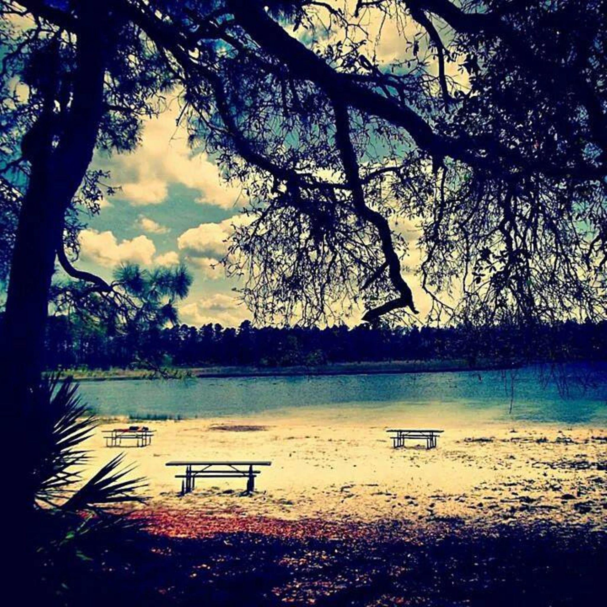Clearwater lake. by Chelsey Elizabeth