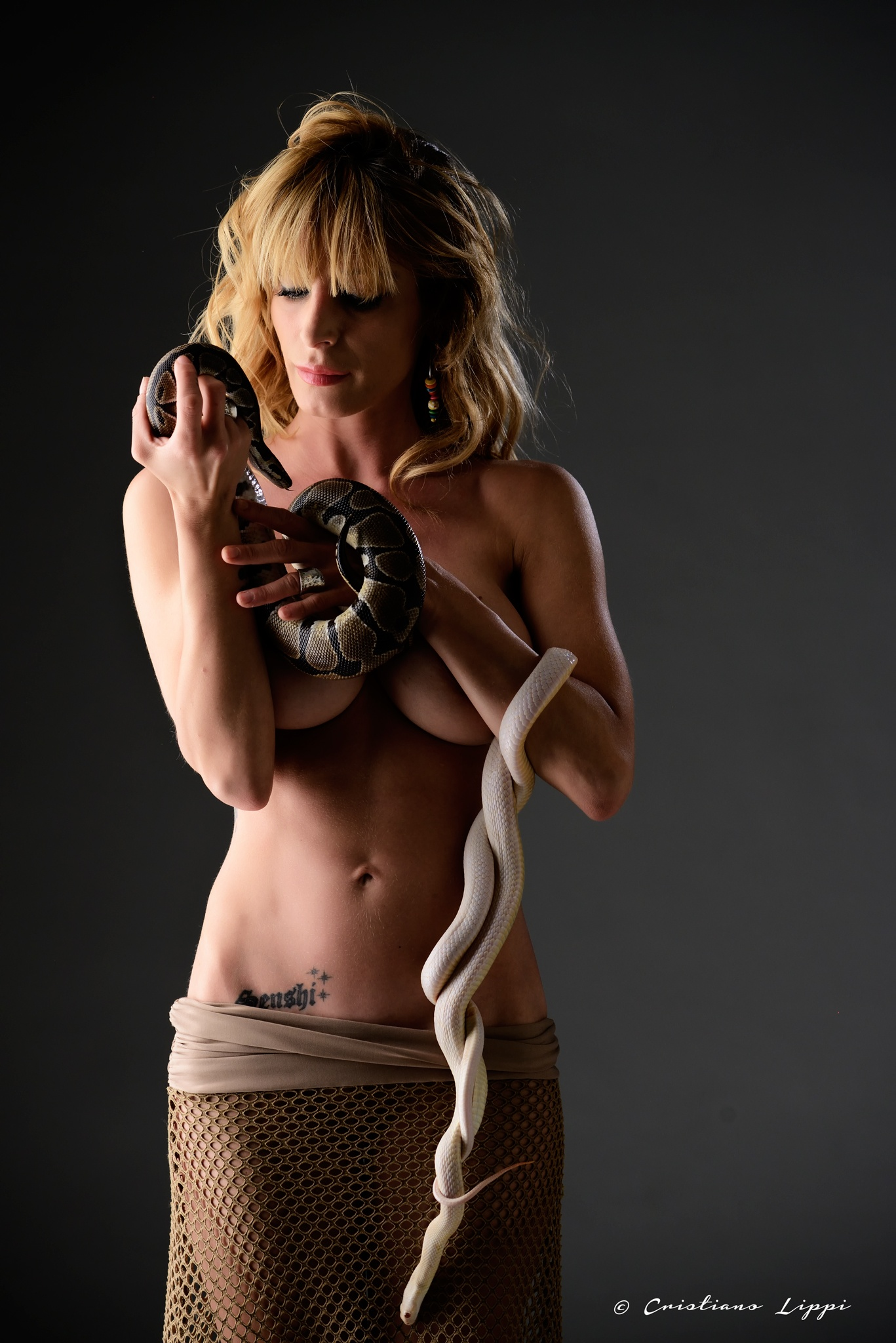 Eva and the Snake (s) by clippi