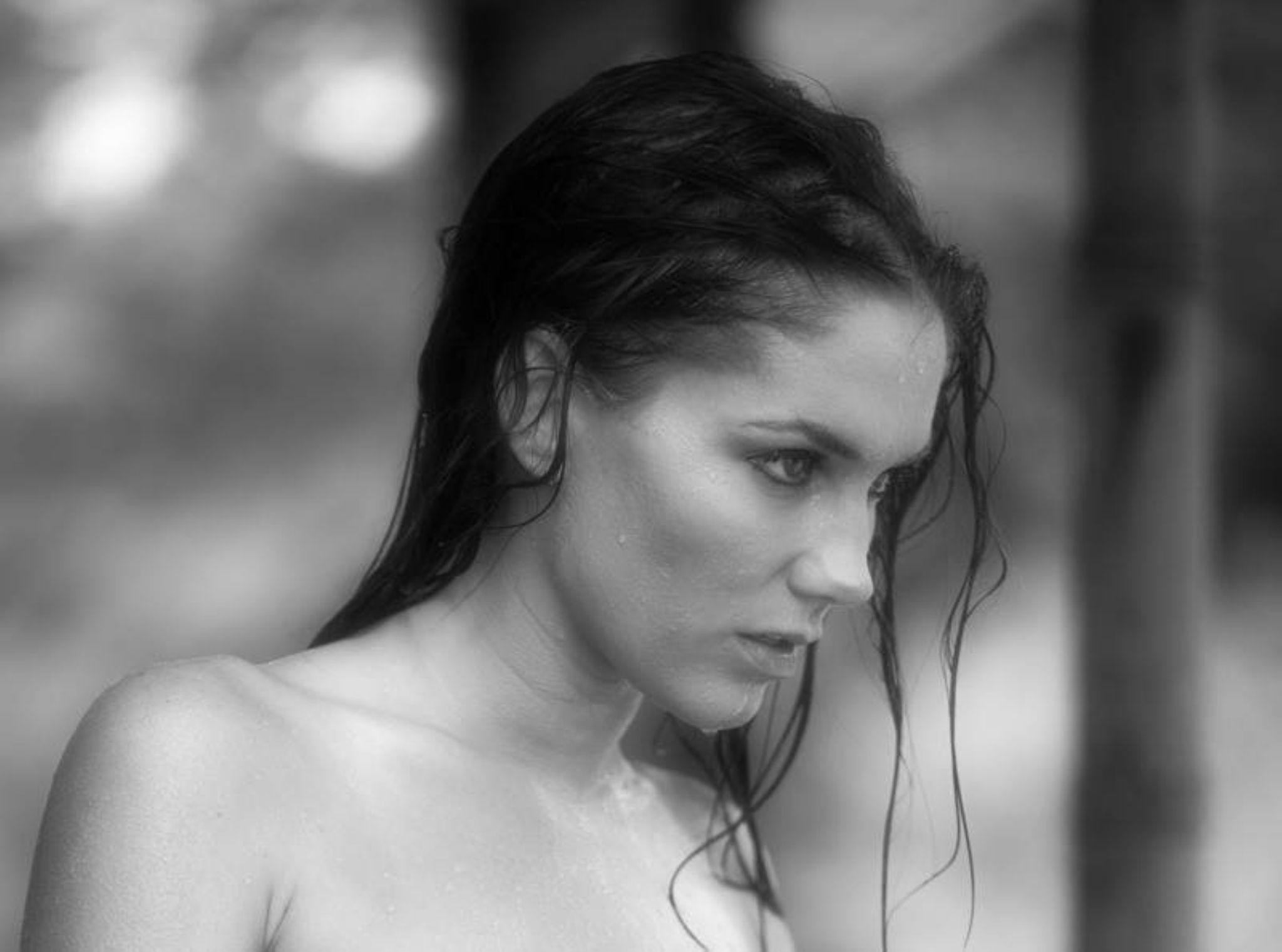 Portia Chellin' by missy.goodrich.5