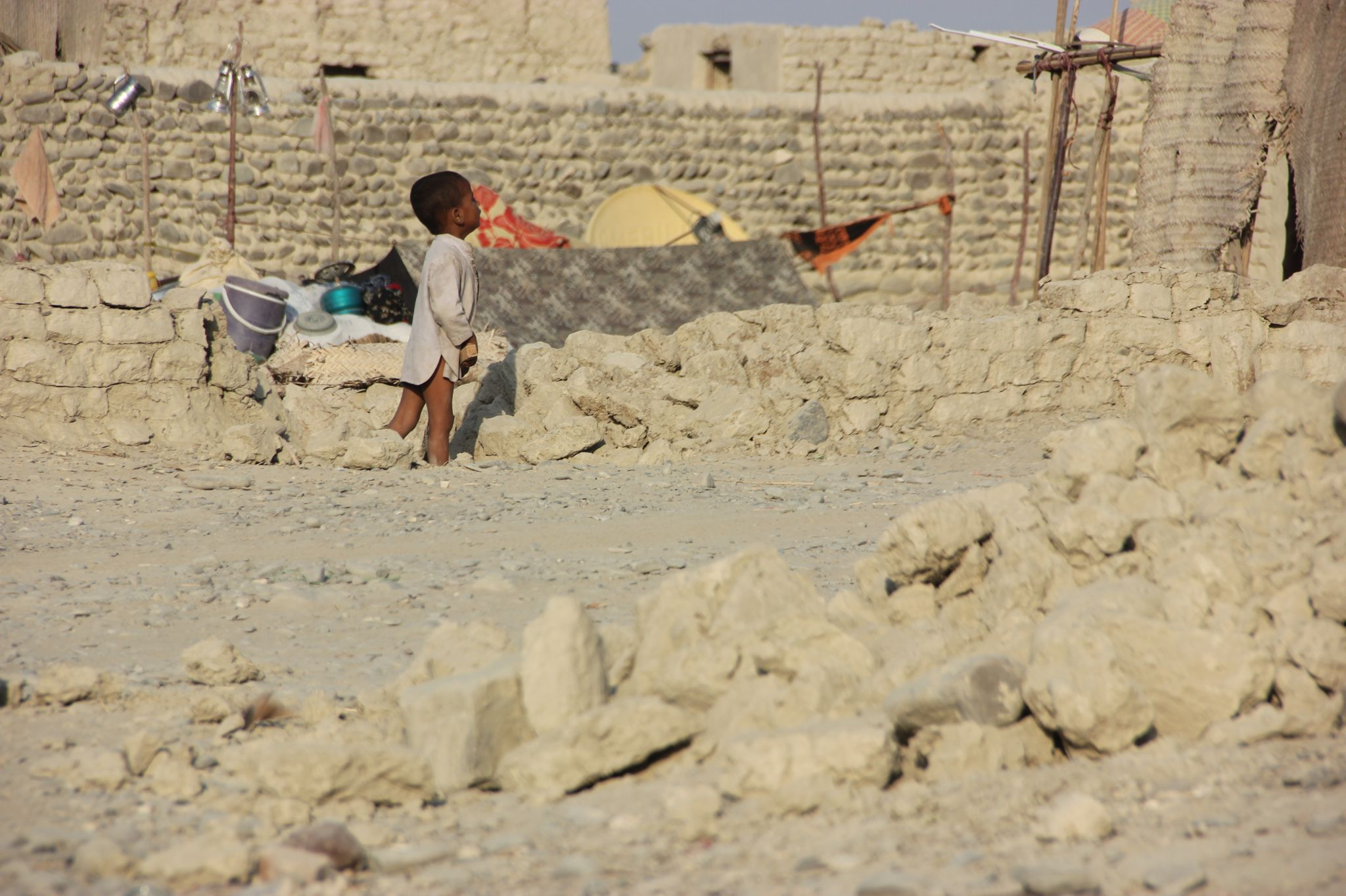 Balochistan earthquake off your home to a child crying in sorrow by rahibaba.izback