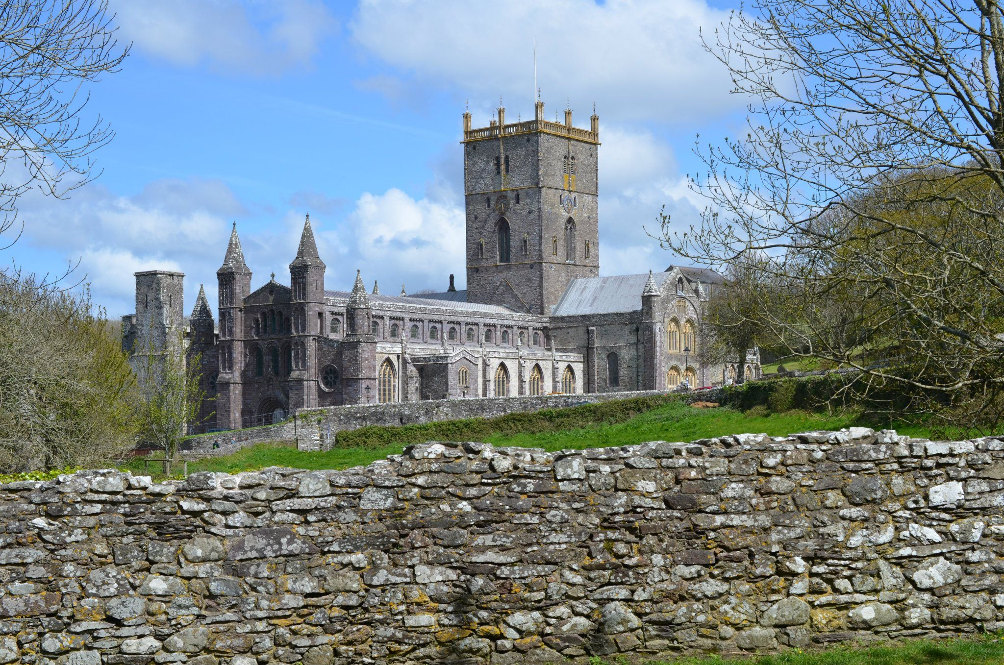 St David's Cathedral  by darron.sandell