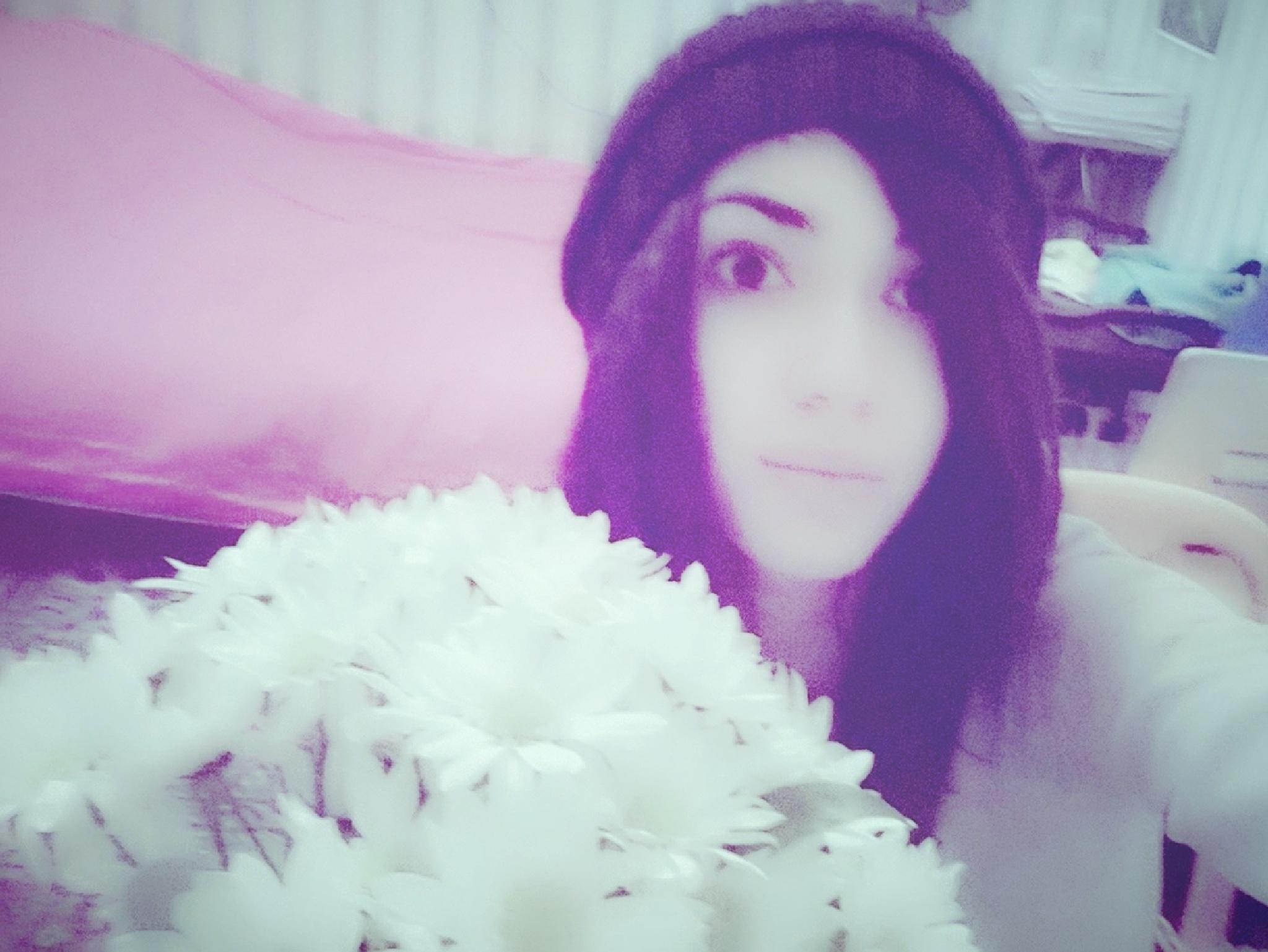 My Selfie :)  by Farida Groennesby