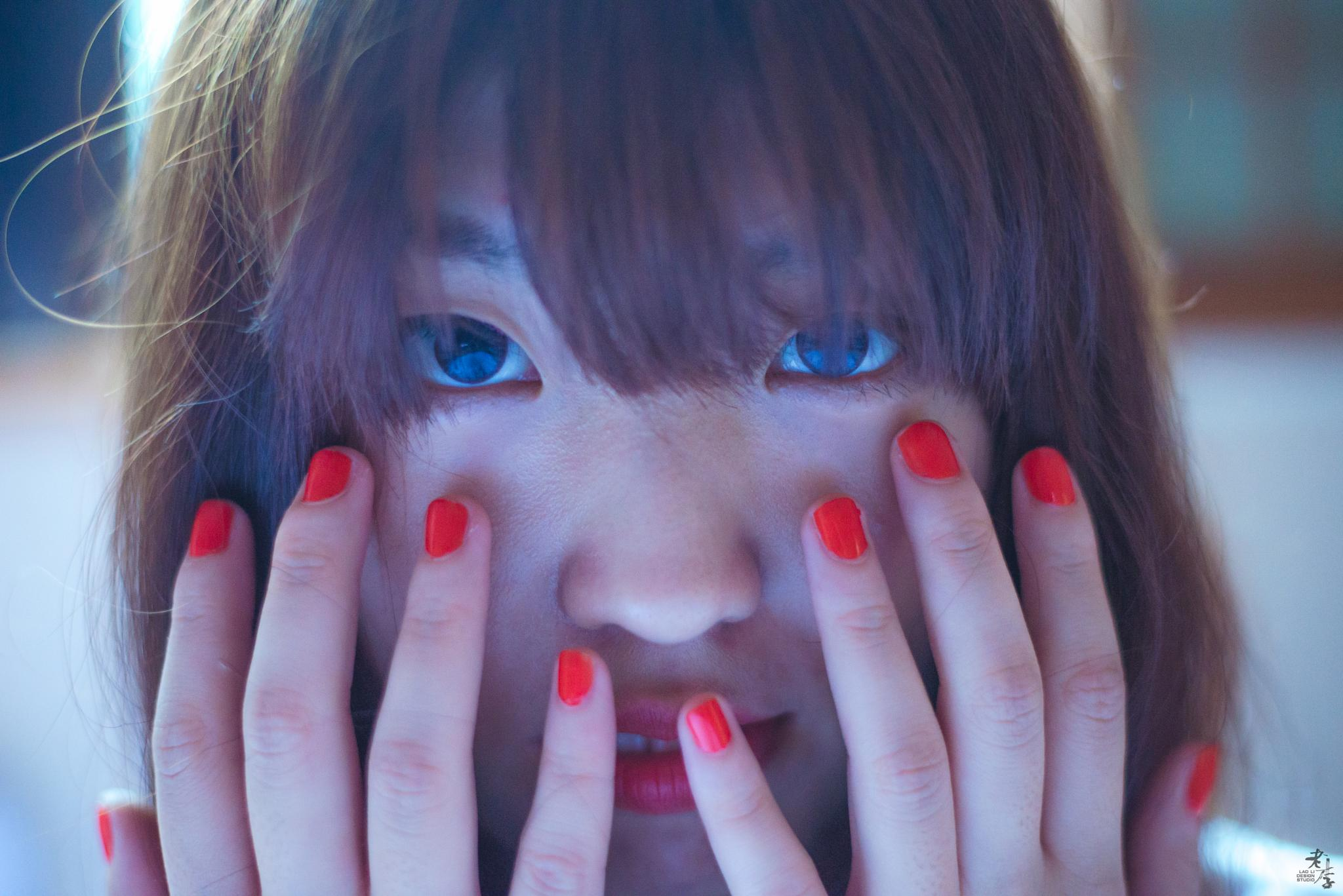Nails by Lao-Li
