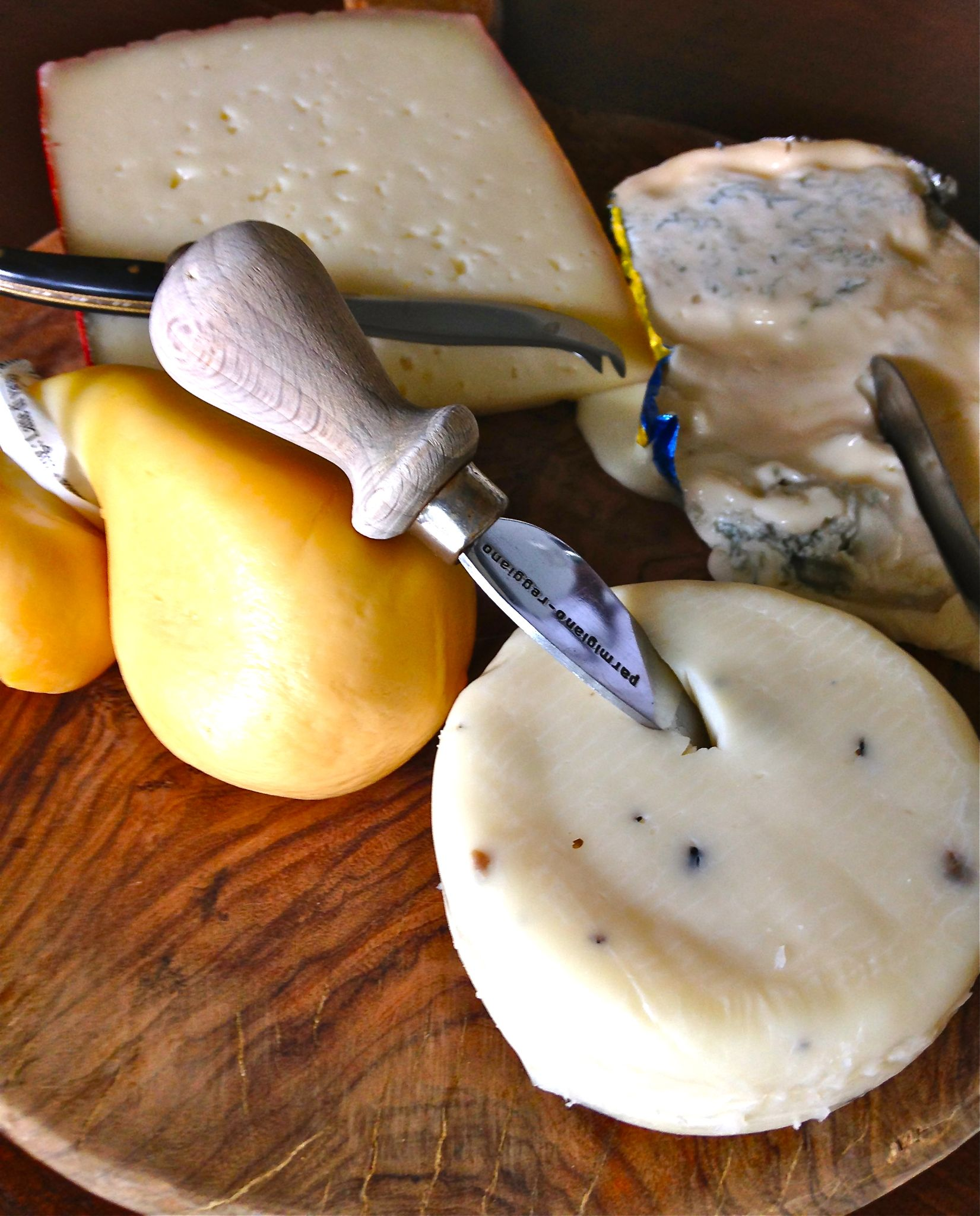 Glorious Cheese by evelyn.amis
