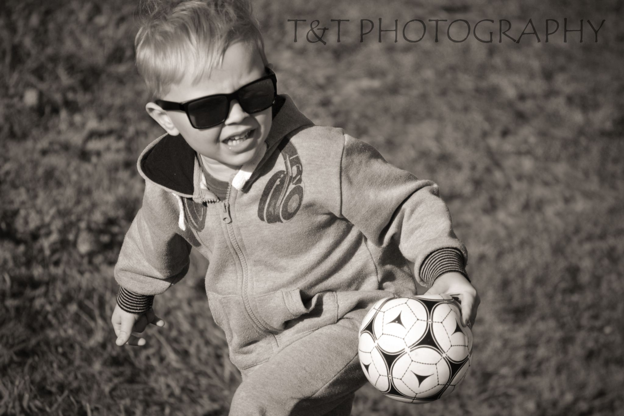 Ball Boy by T&T PHOTOGRAPHY