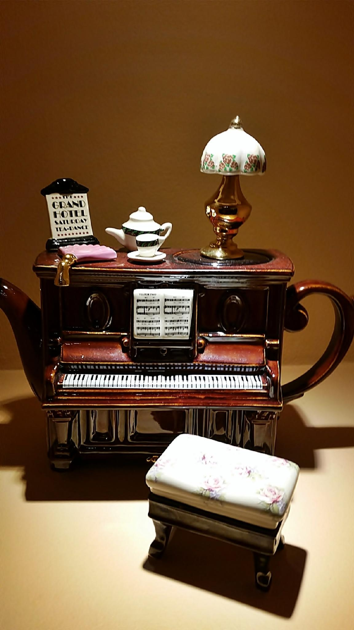 Piano - miniature! by MariaAthanasopoulou