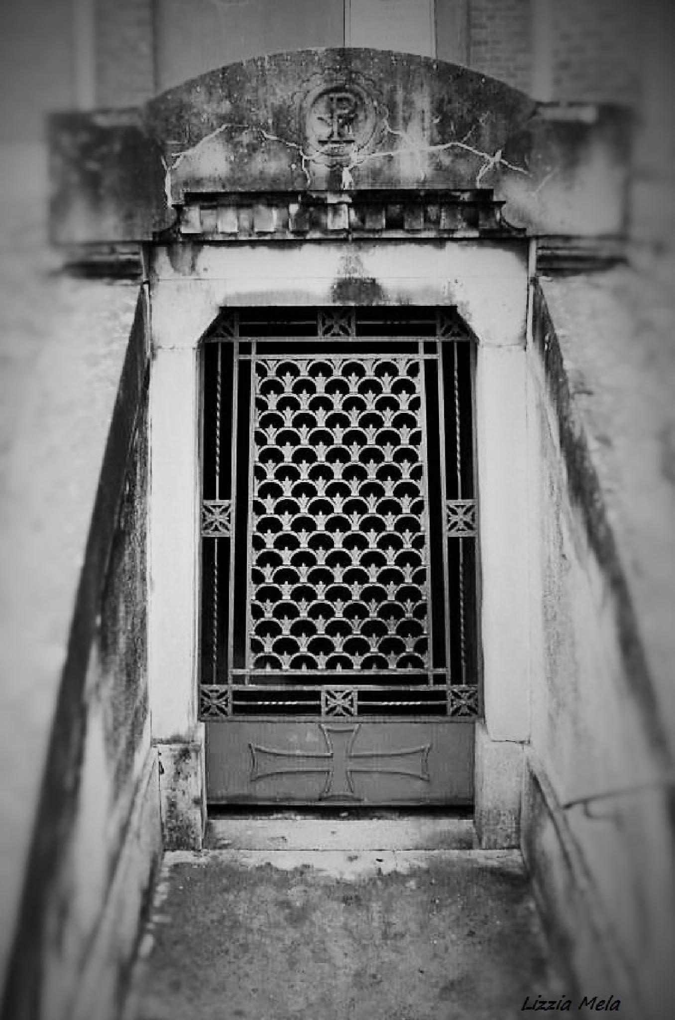 Monumental cemetery Mortara (Italy) by lizzia.mela