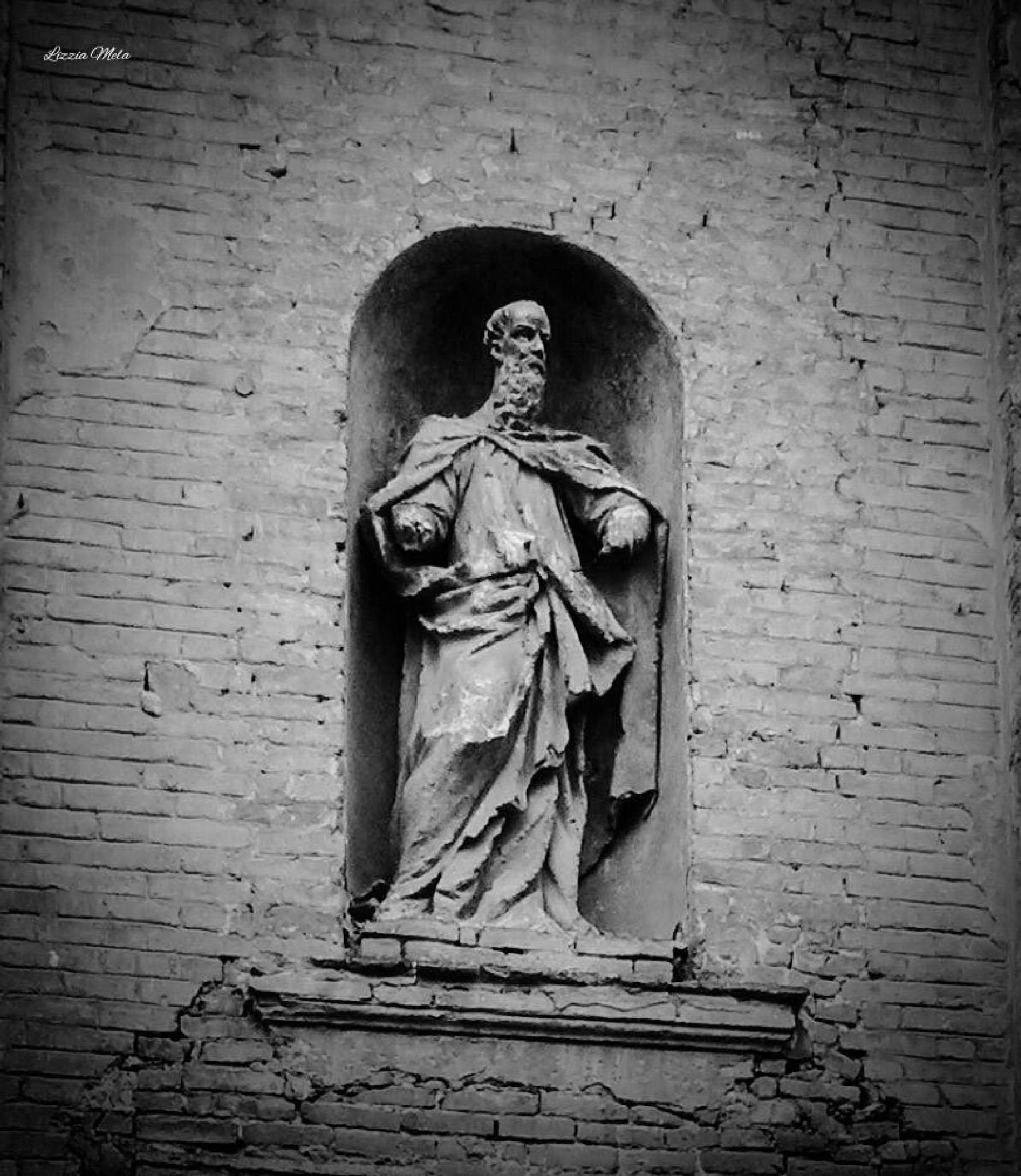 Abandoned church S.Maria del Carmelo (Piacenza) by lizzia.mela