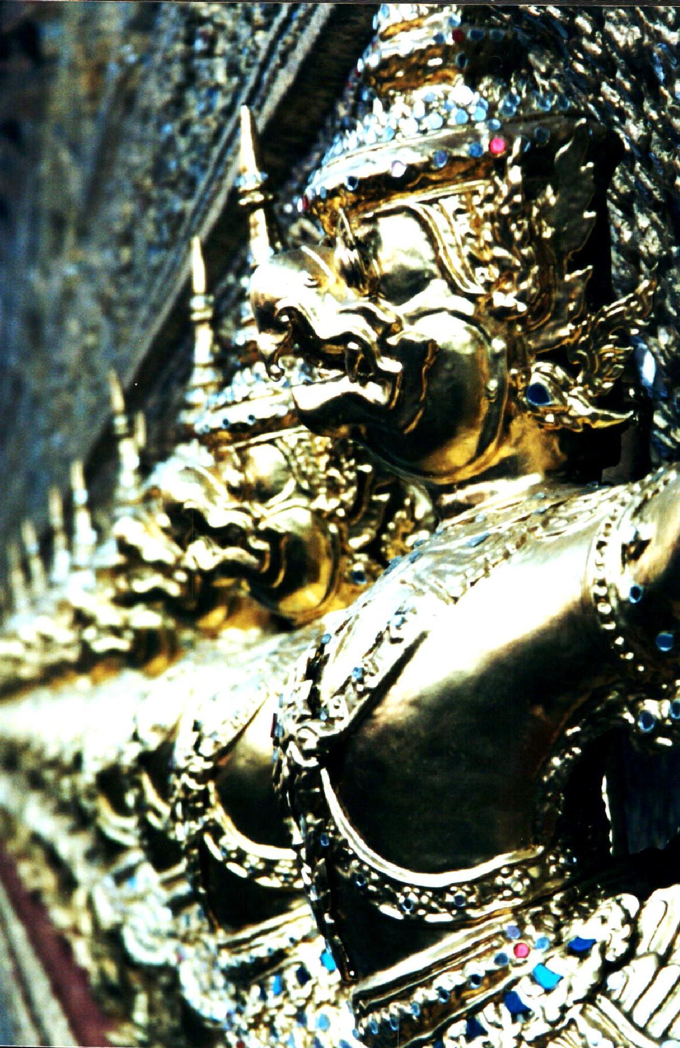 gold ornamental decoration at Kings Place Bangkok by cinzia.sawatzky