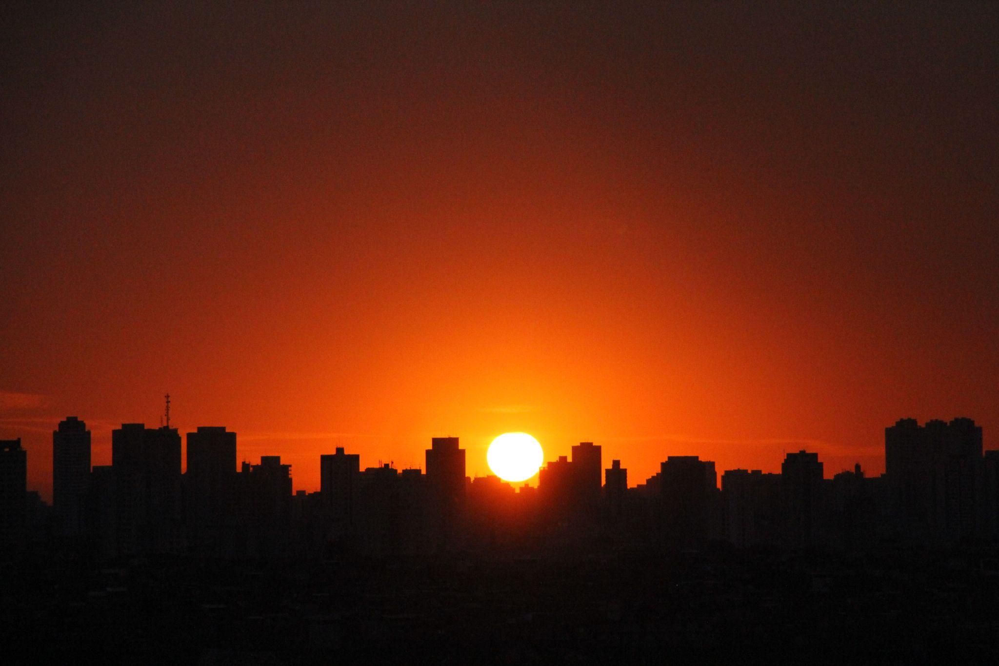 Sunset by Danilo Almeida