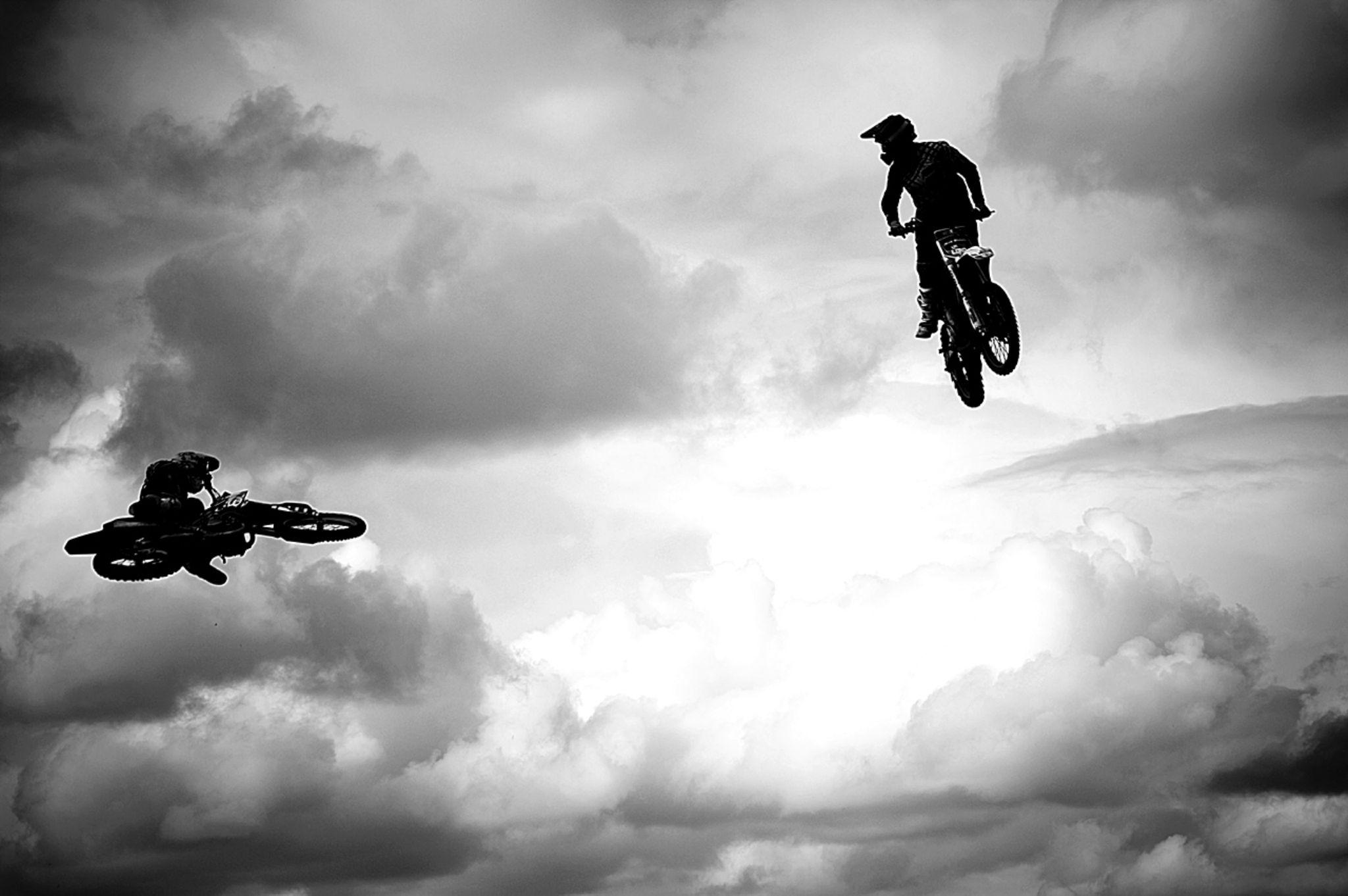 moto fly by Kamil Gaweł
