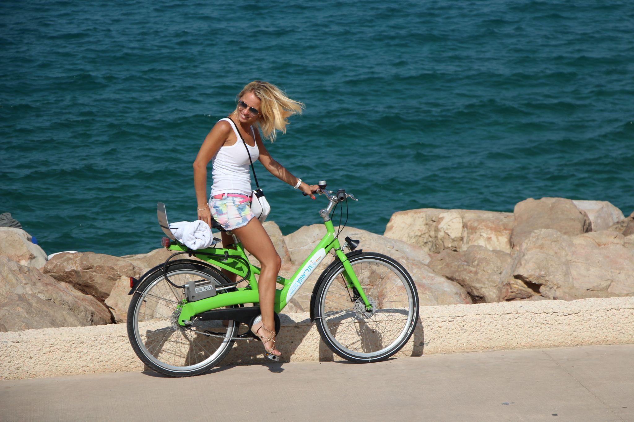Riding by oren.yacob