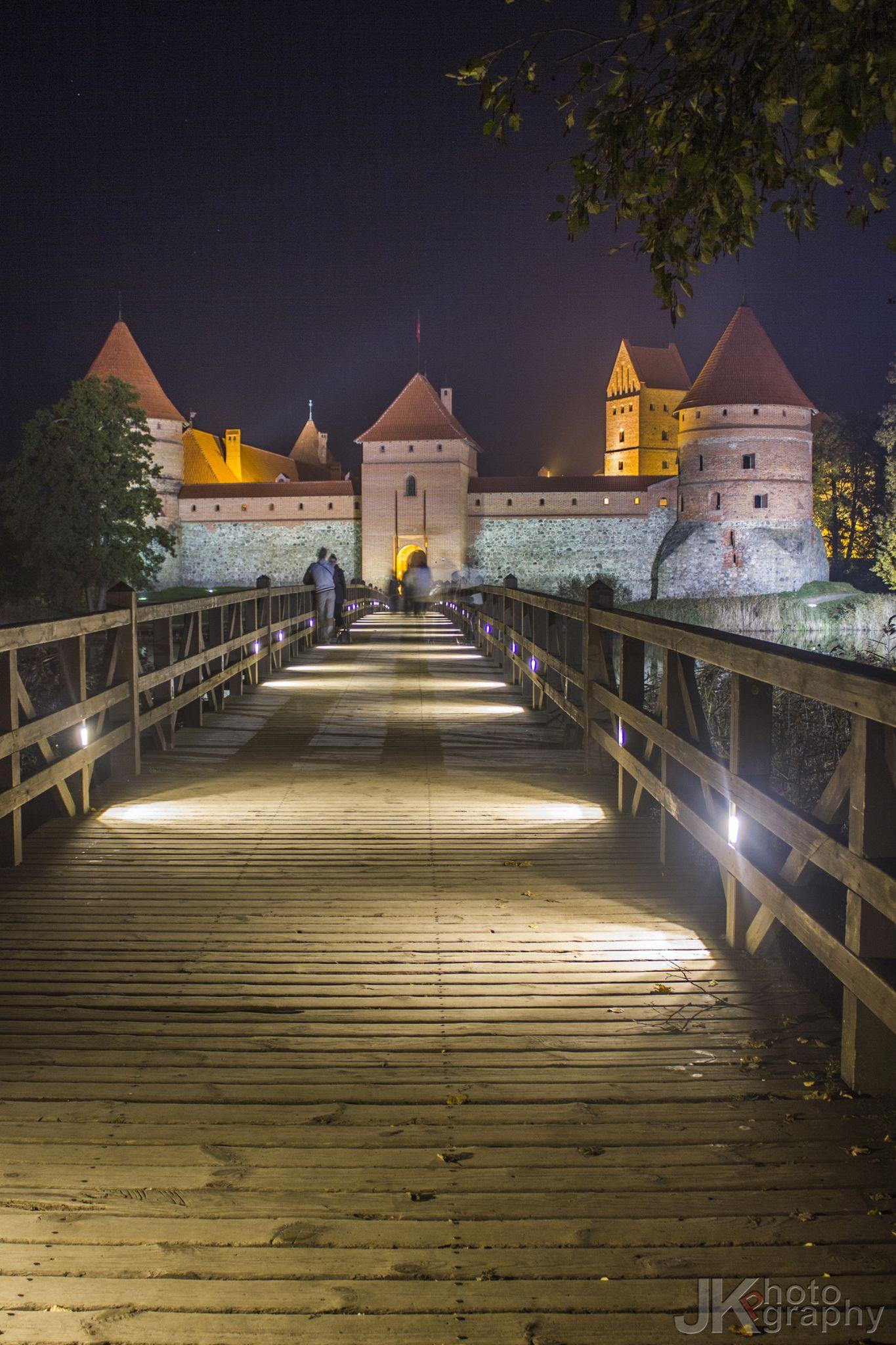 Castle bridge by Jurij Kolesnikov