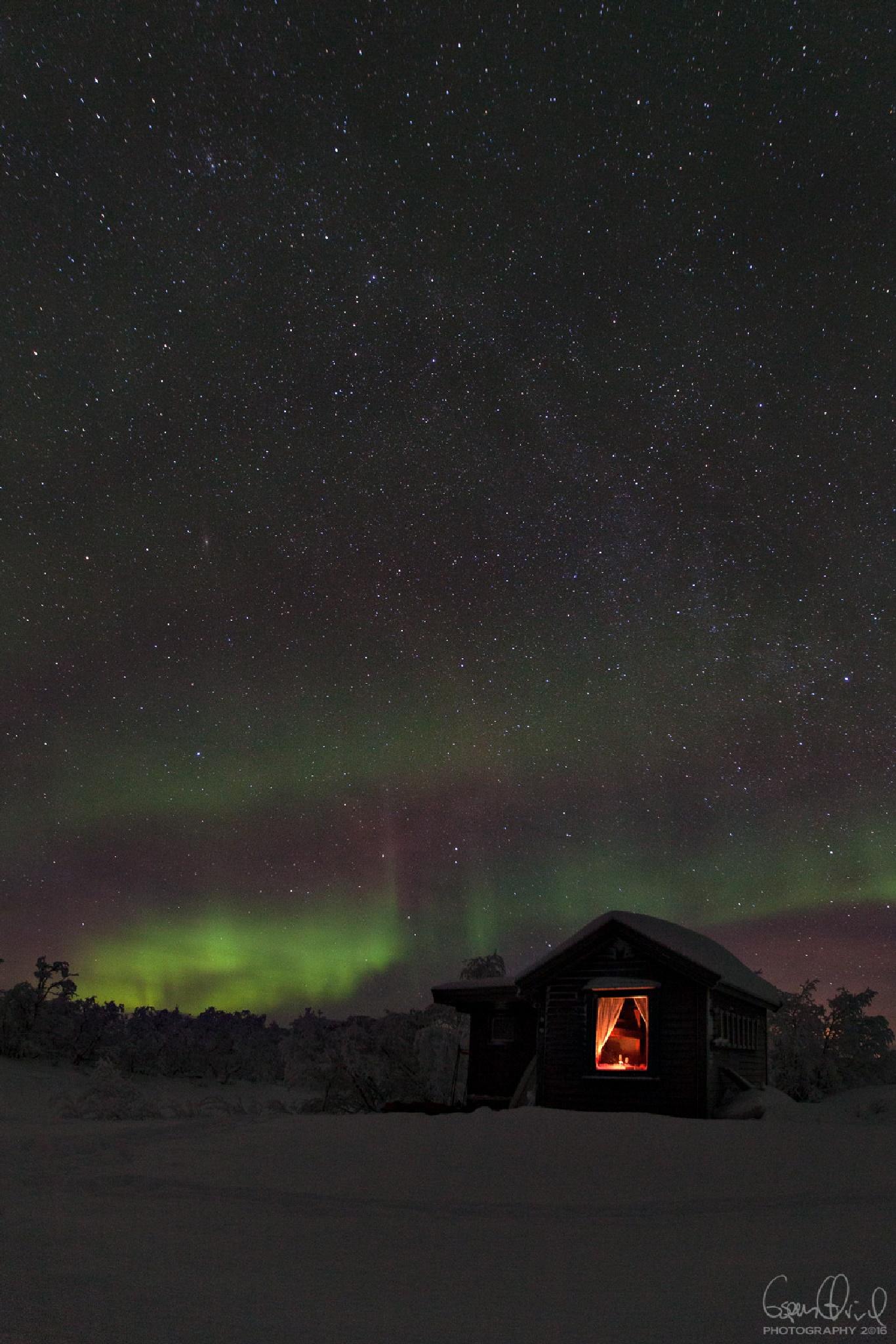 Myrheim @ night by Espen Ørud