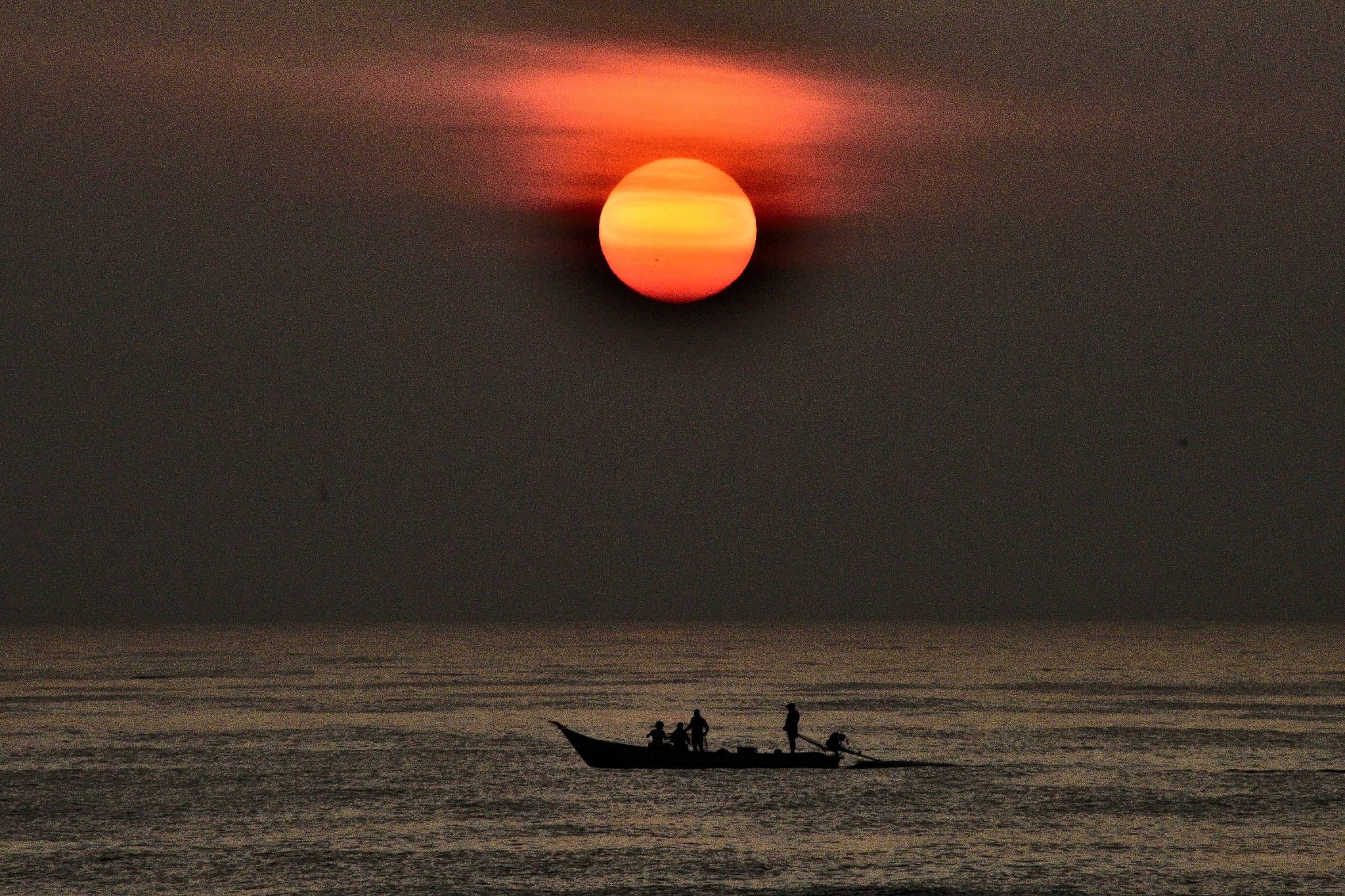 Fishermen. by sivakumarh1