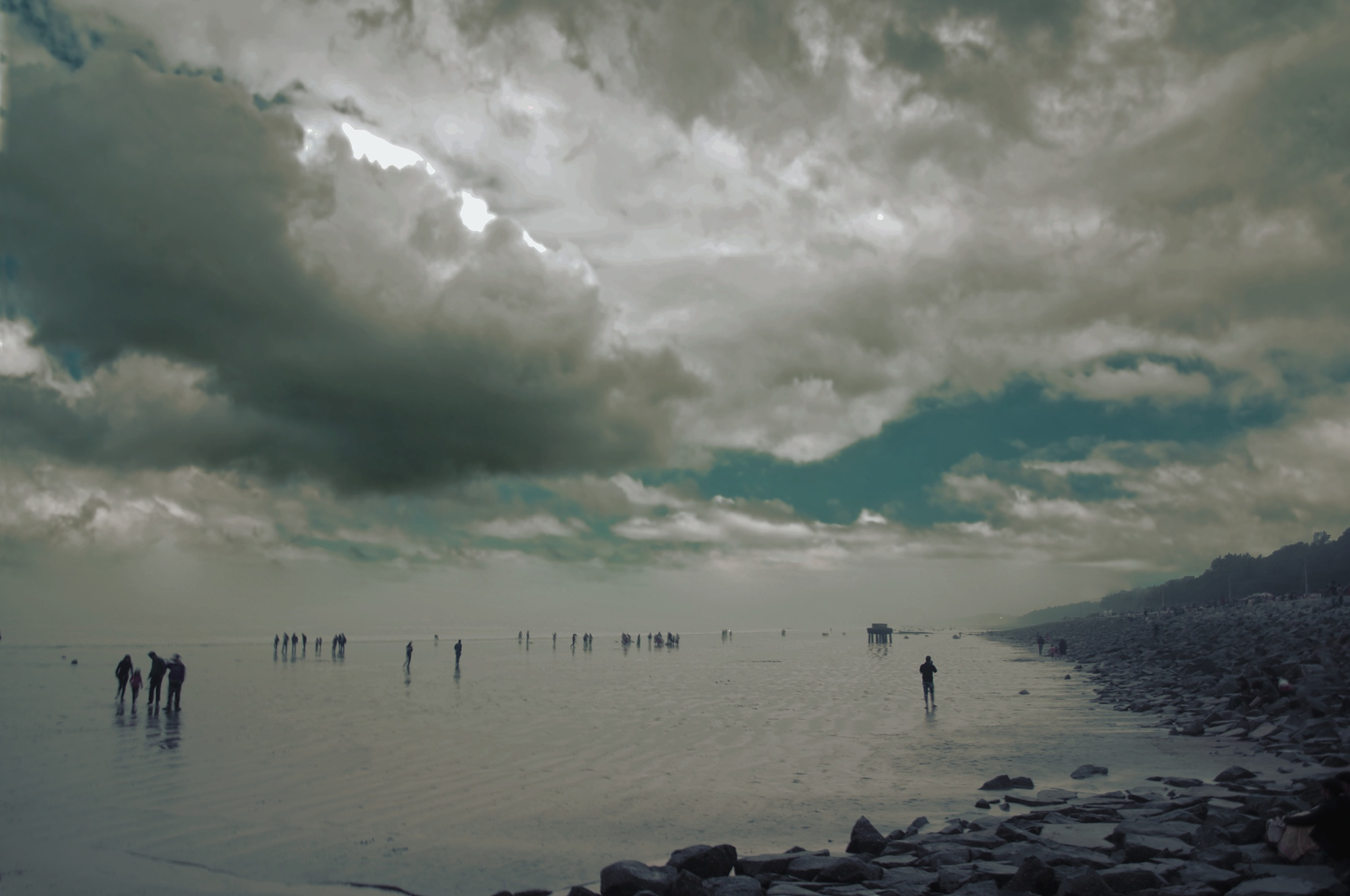 Digha sea shore by Chiranjib Mazumdar