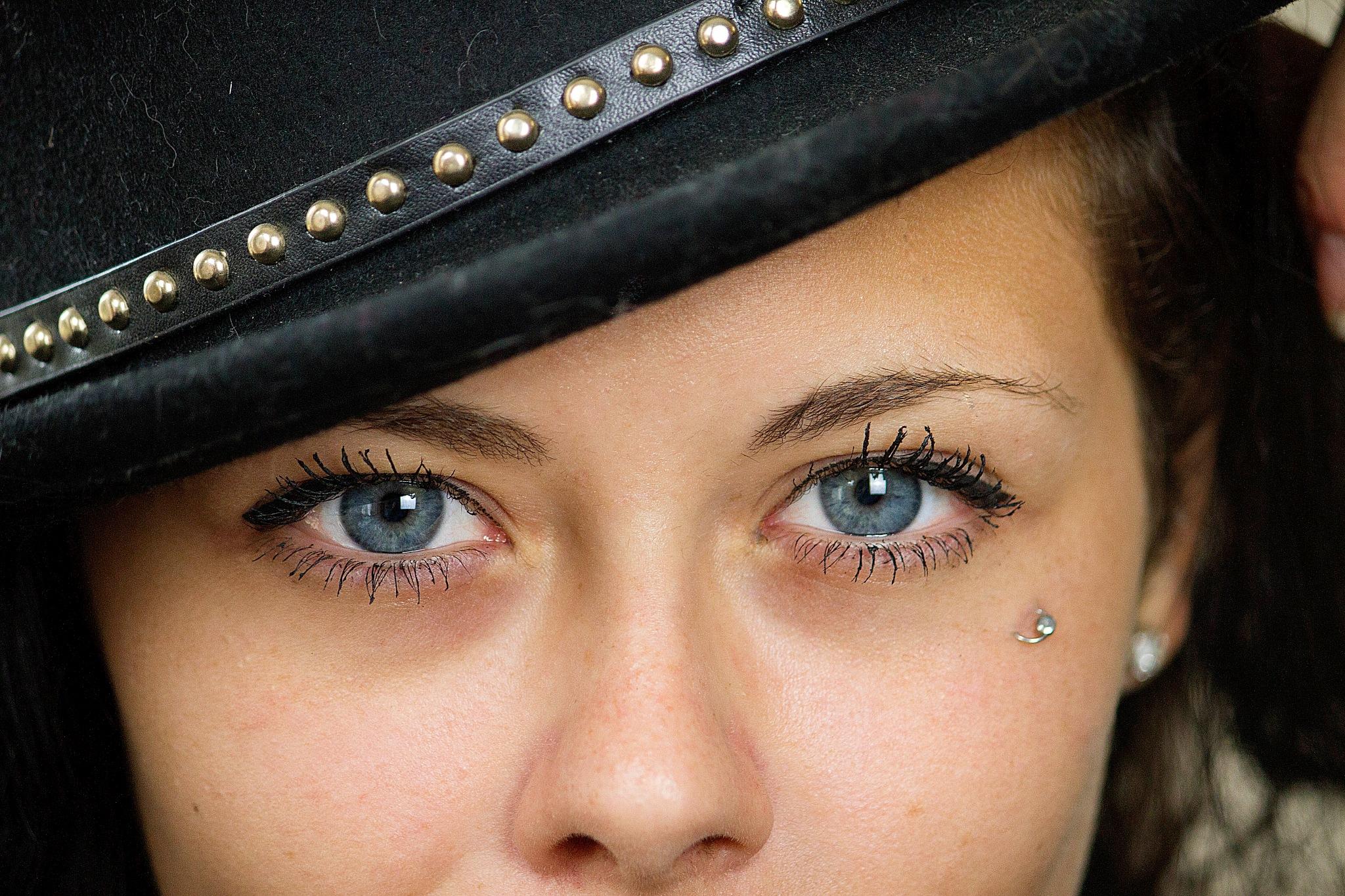 katiana eyes by gilles.riviere.75