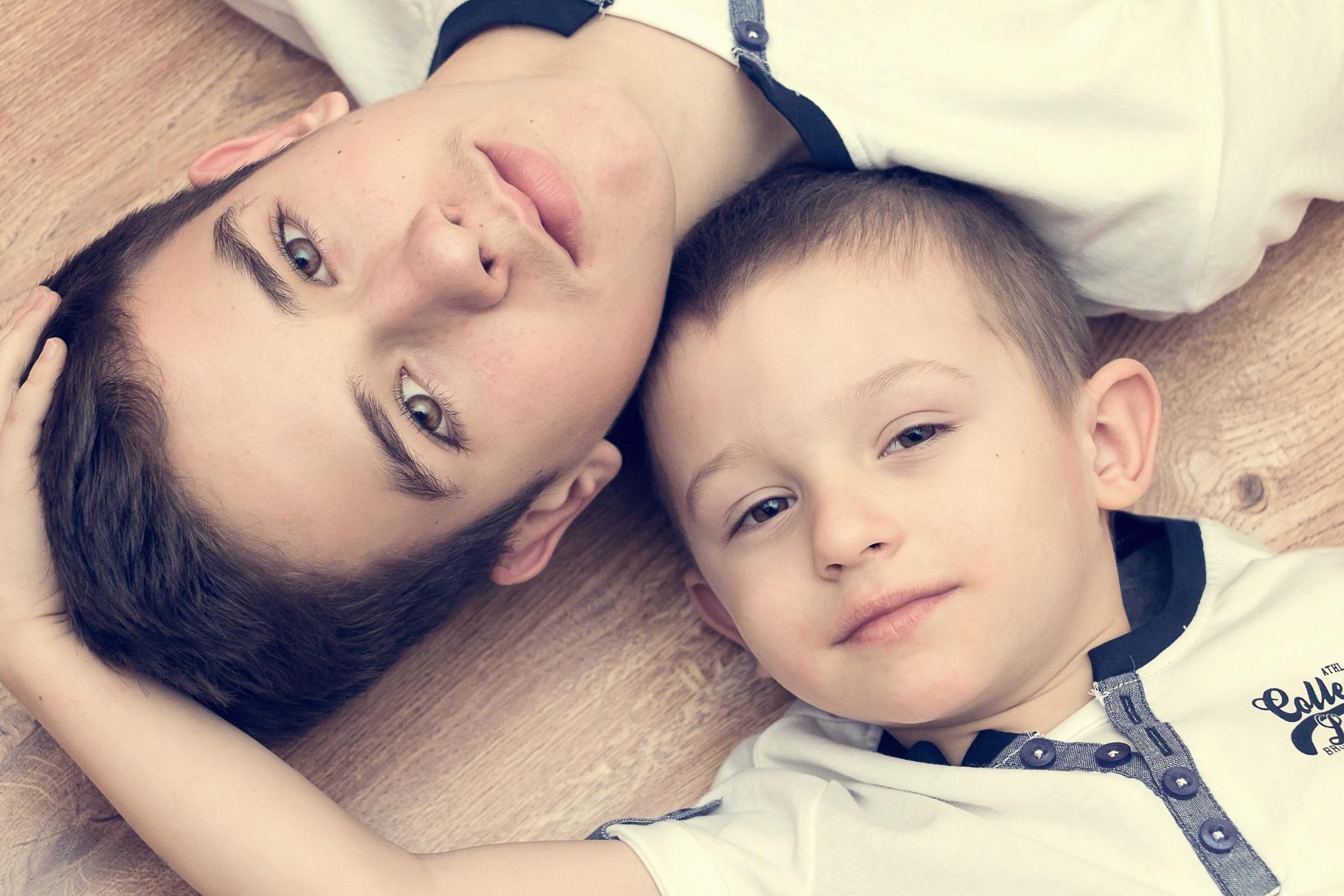 BROTHERS  by zdenka.photo
