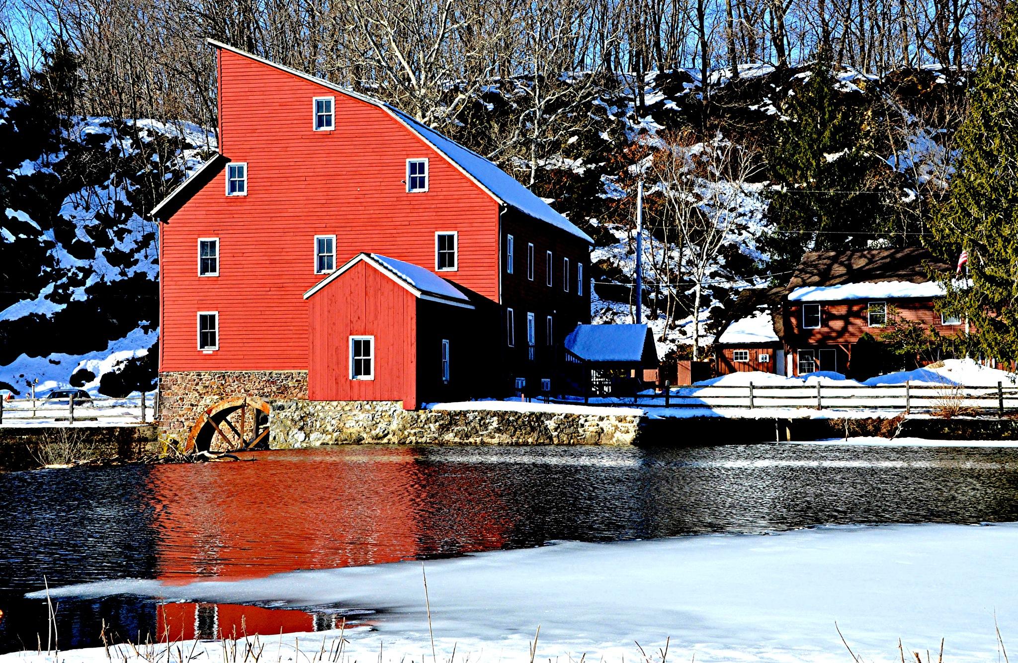 Winter Reflection by Joeski