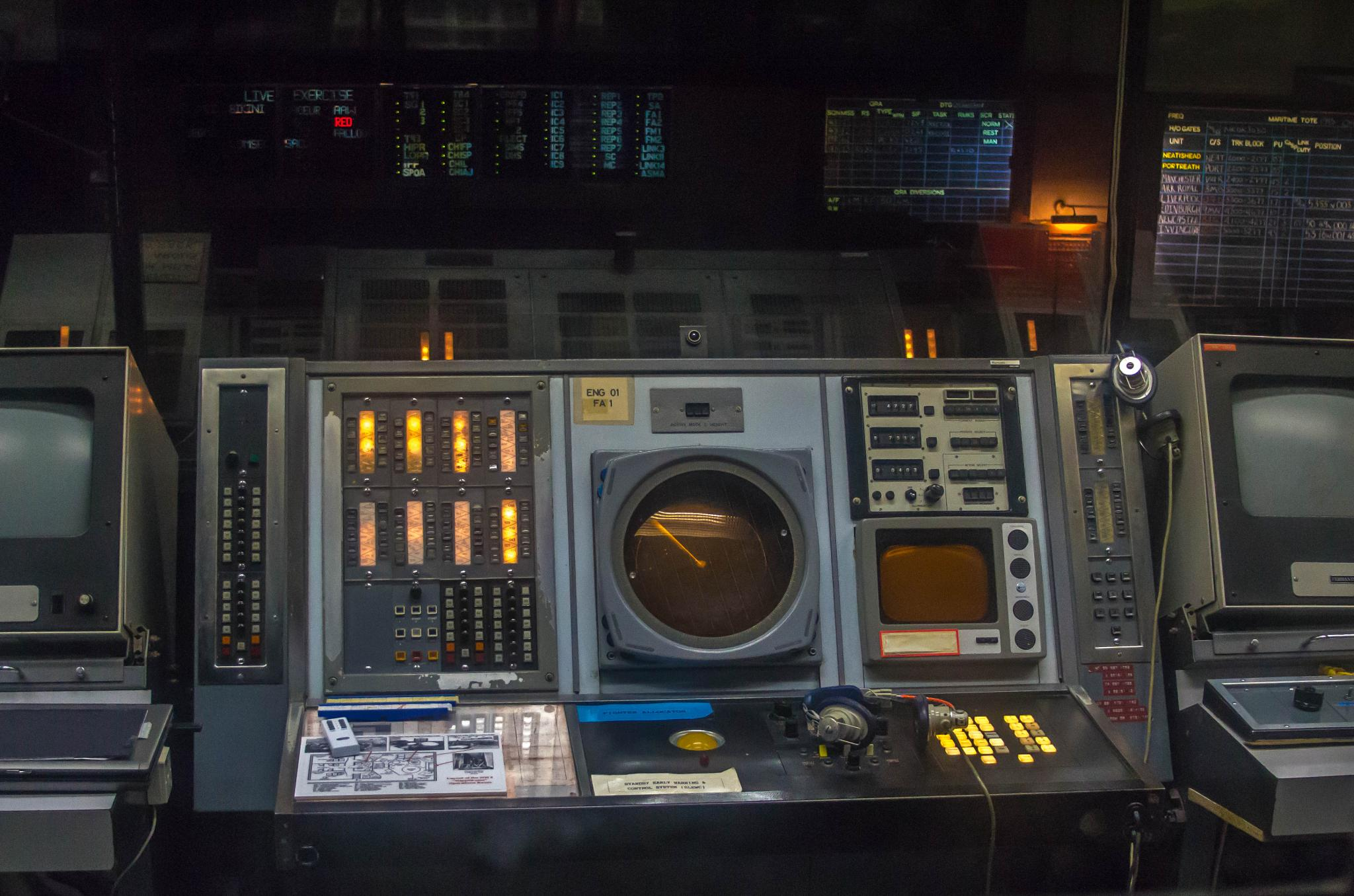 Console at the Radar Museum by 305Entry