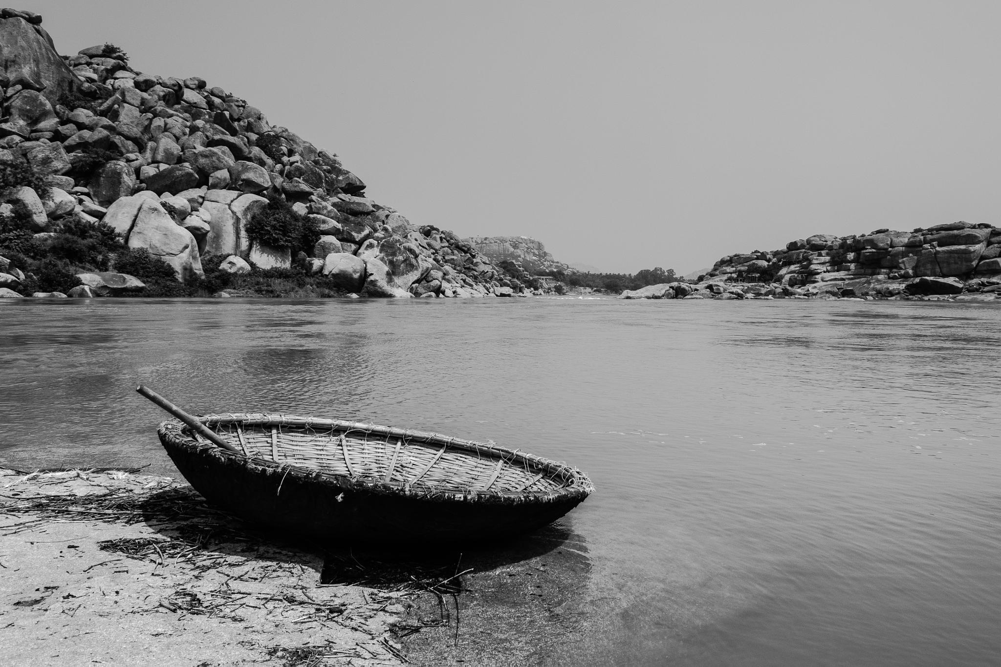 Coracle at Tungabhadra Banks, Hampi by hakri