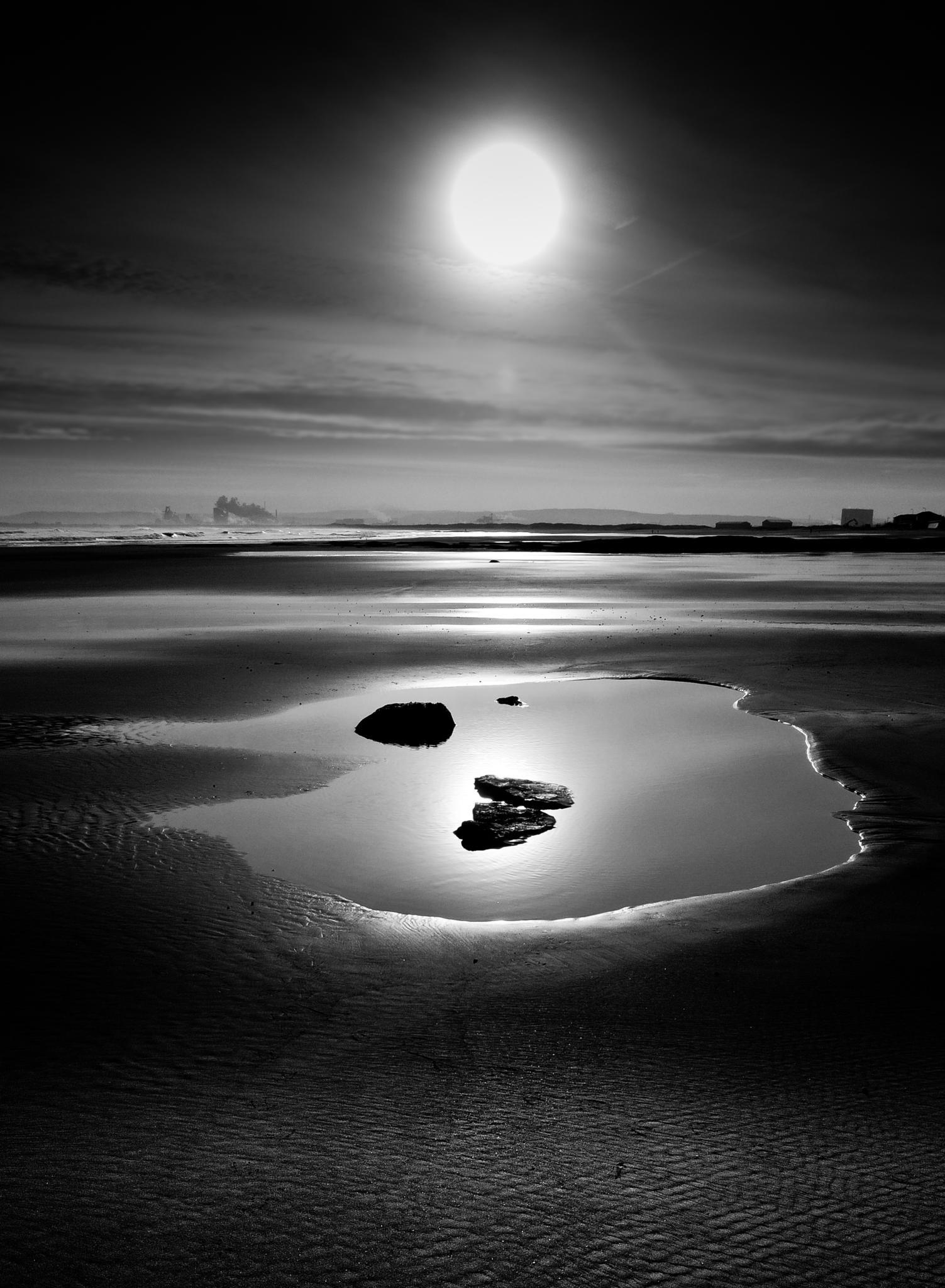 Beach by Peter Edwardo Vicente.