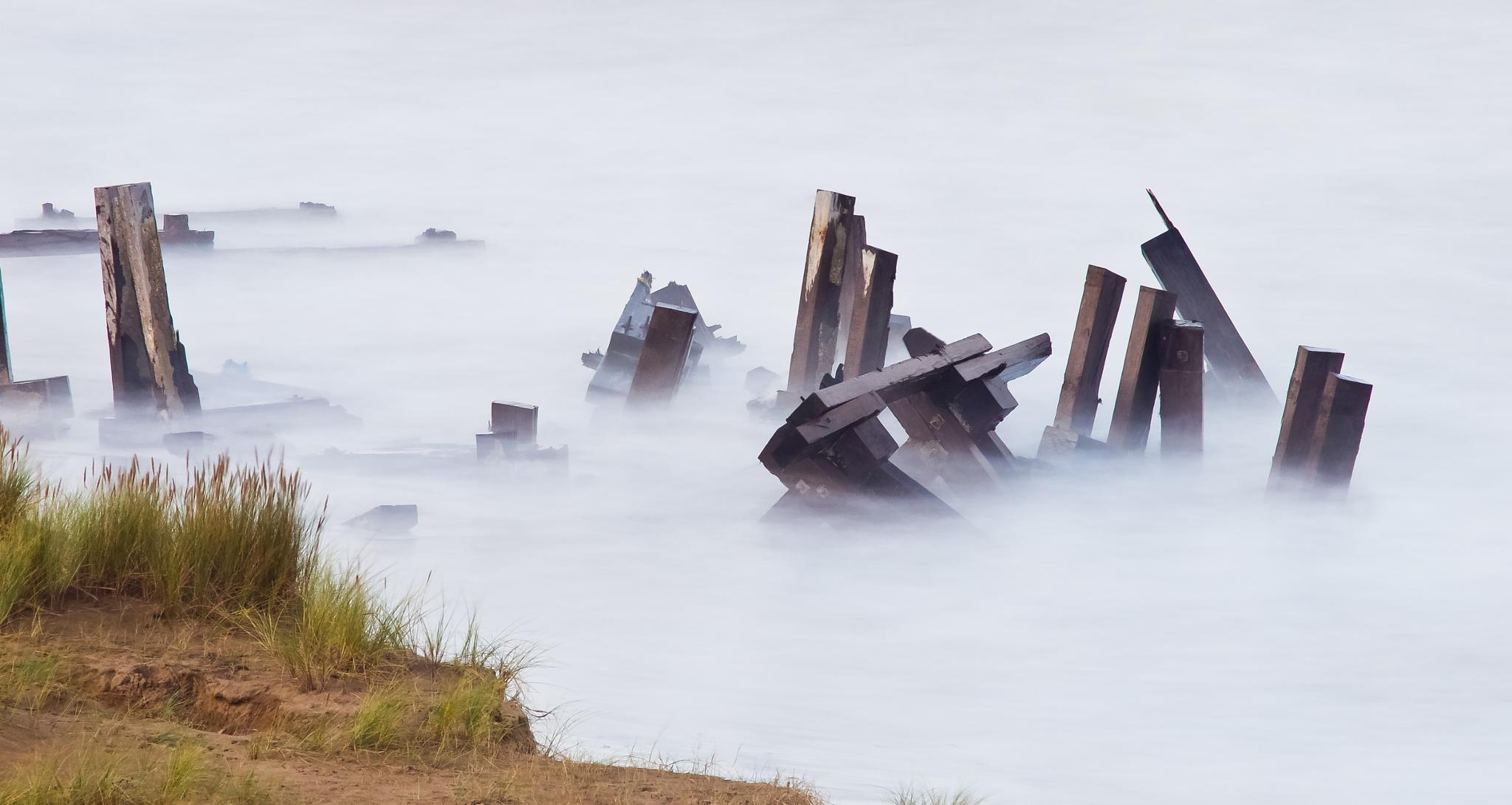 Broken jetty by Peter Edwardo Vicente.