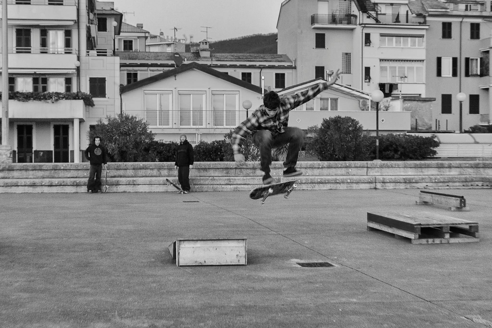 Skateboarders by giovanna.picceri