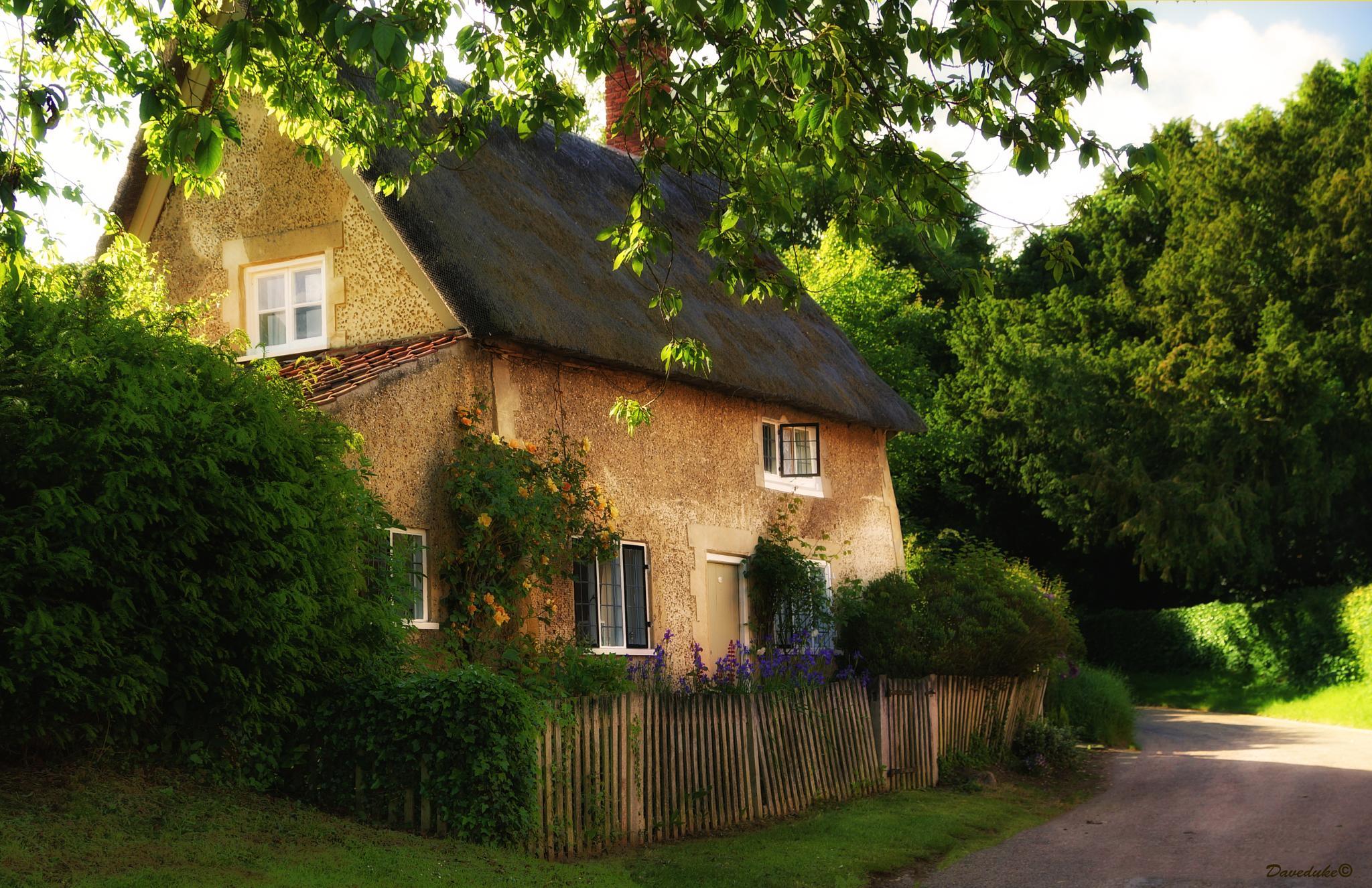 Photo in Landscape #chocolate box cottage #cottage #norfolk #blickling #sony a77v #thatched cottage