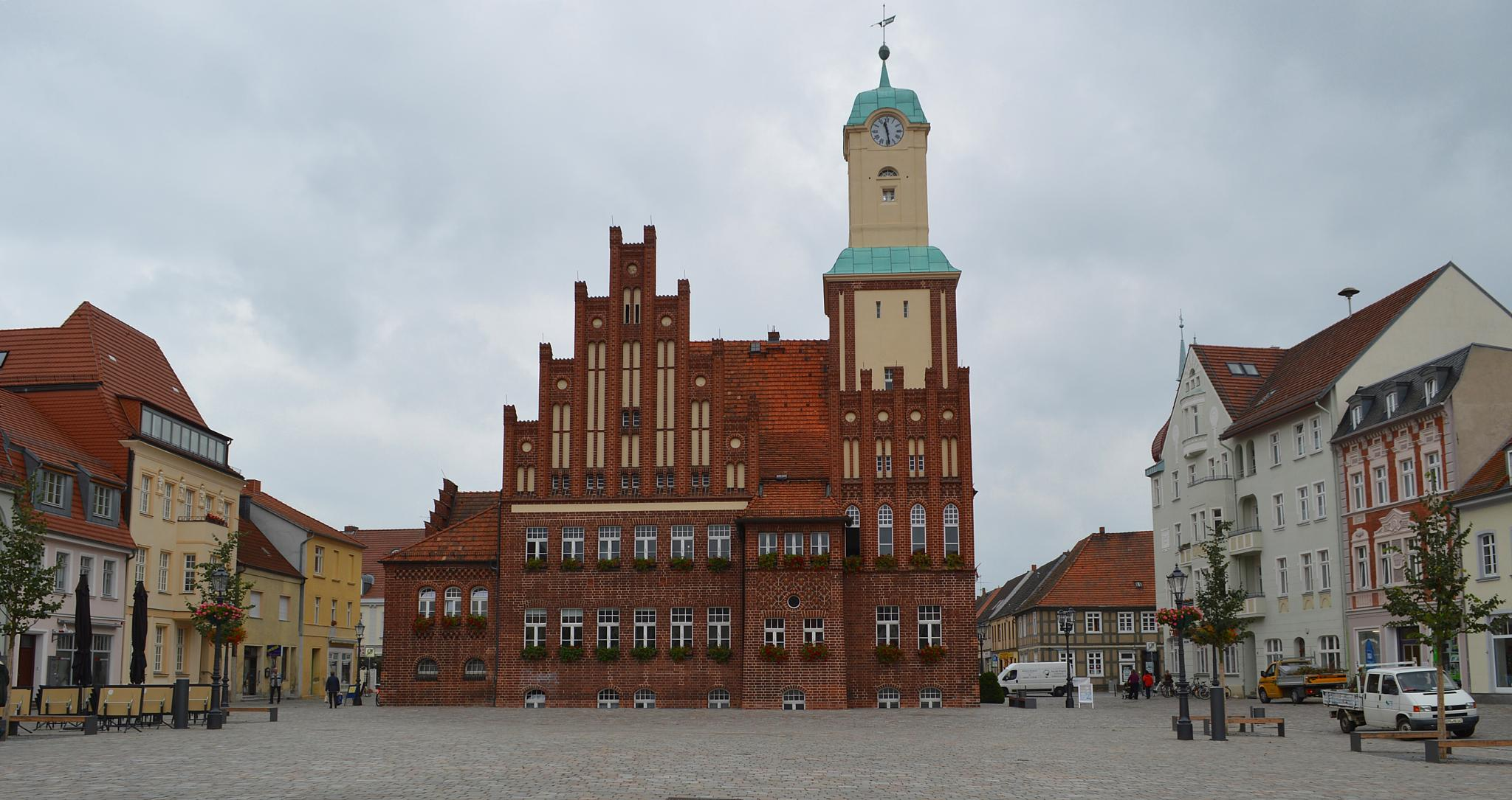 Marktplatz Wittstock by elvira.ludwigs1
