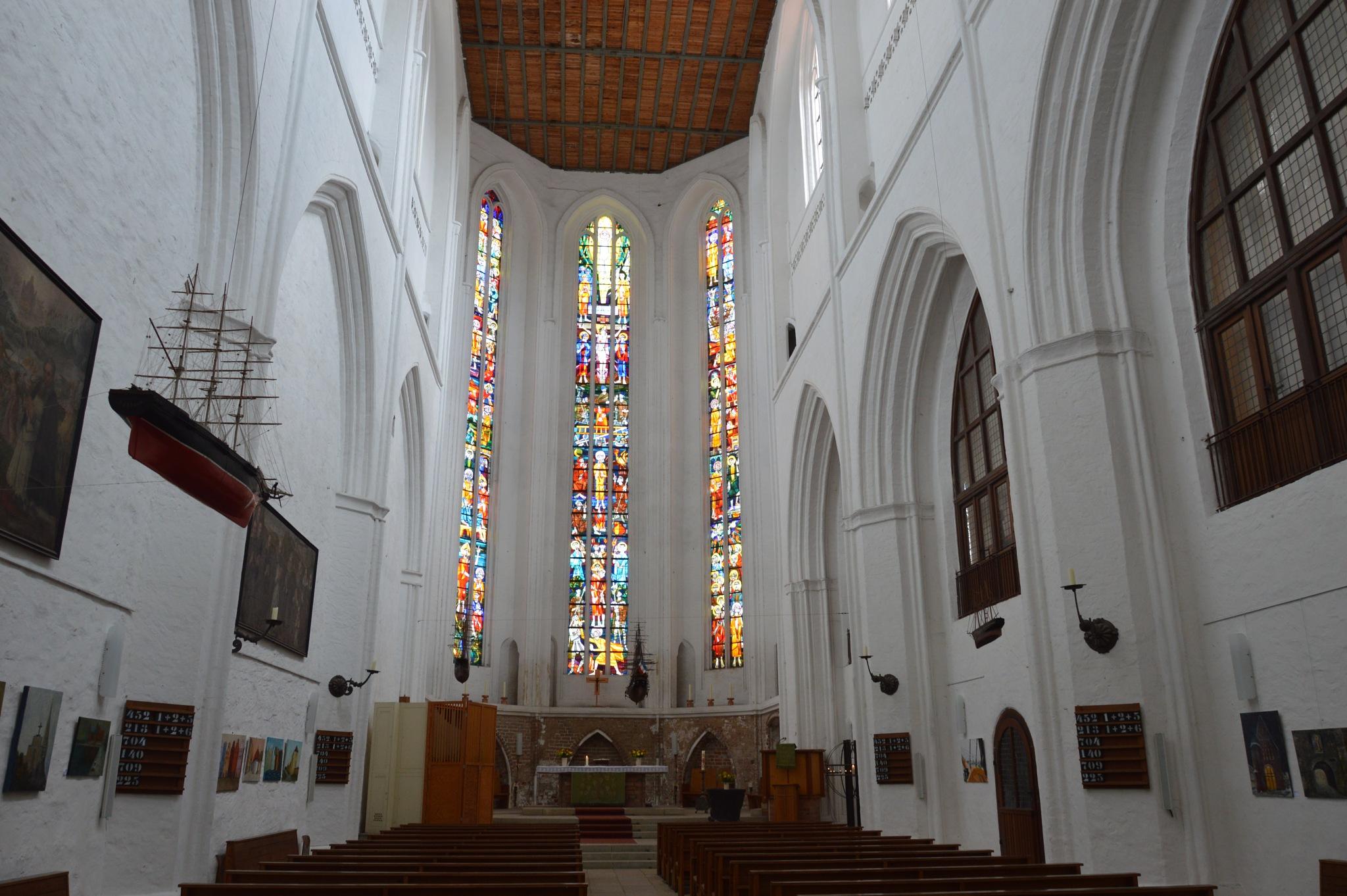 In der Petrikirche  by elvira.ludwigs1
