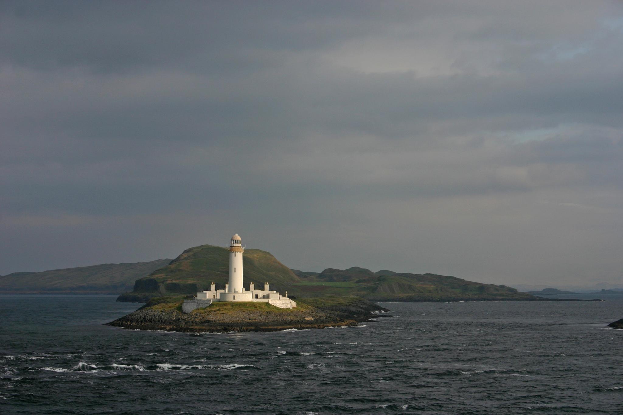 Eilean Musdile Lighthouse by Fraser McCulloch