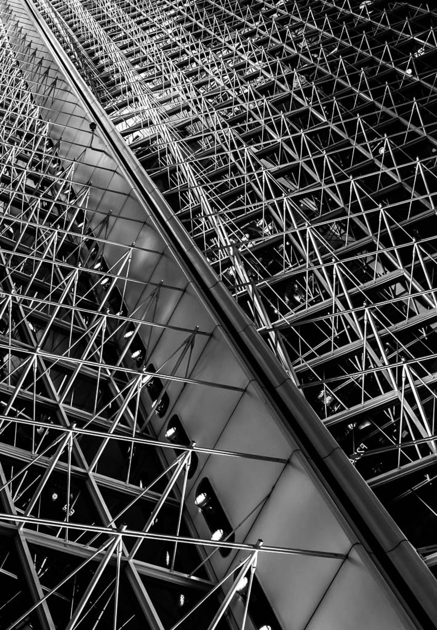 Ceiling on Charles de Gaulle airport - part 3 by Frédéric Masure