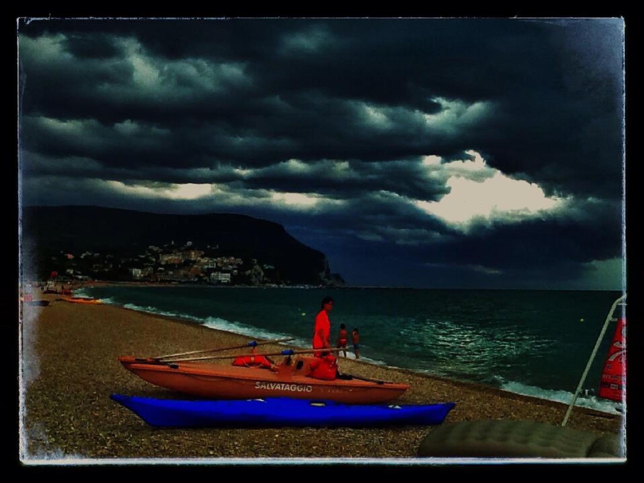 Mare minaccioso - Numana by mauro.casoni.9