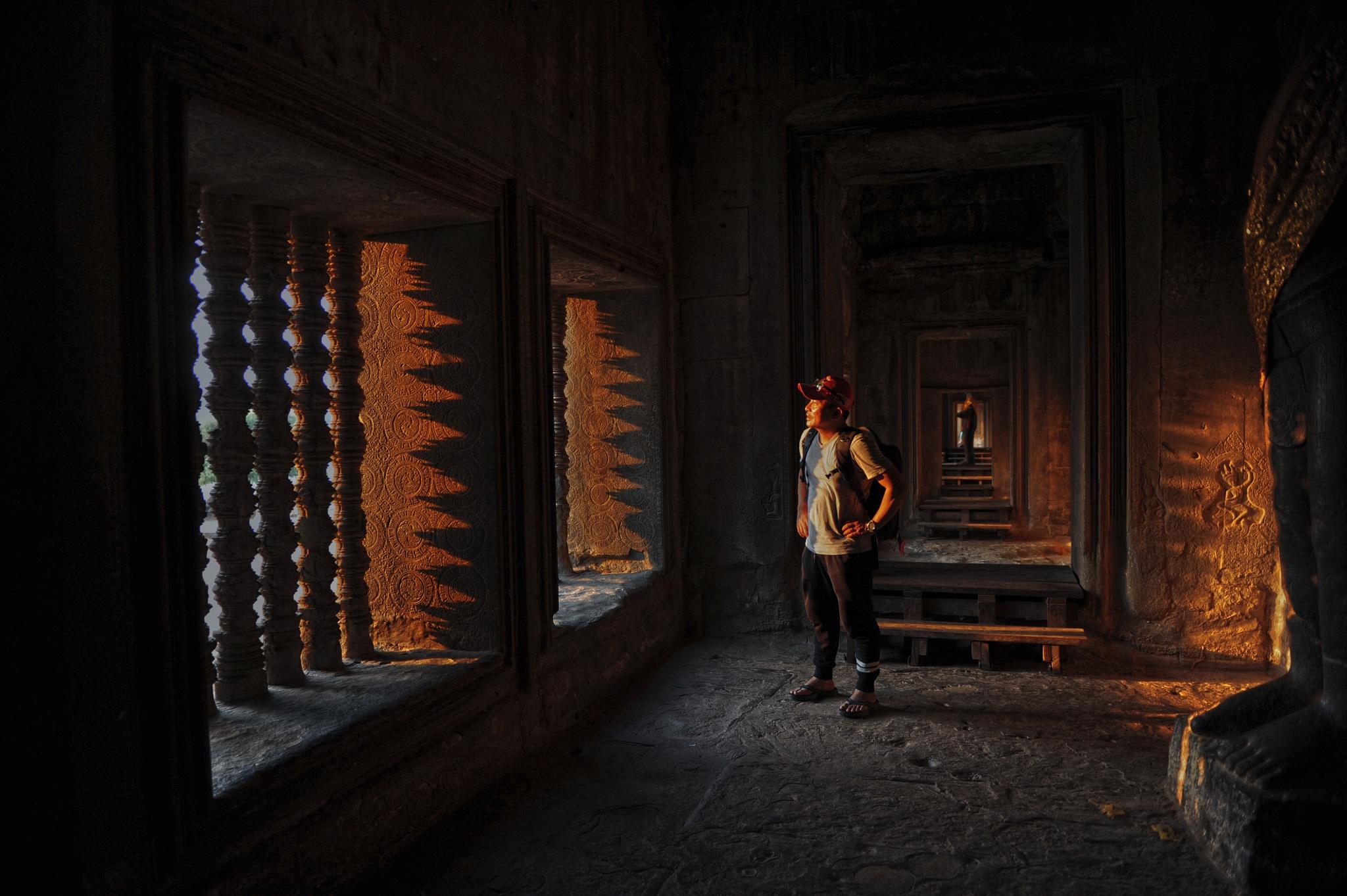 Angkor Wat Shadow by babul.abdullah