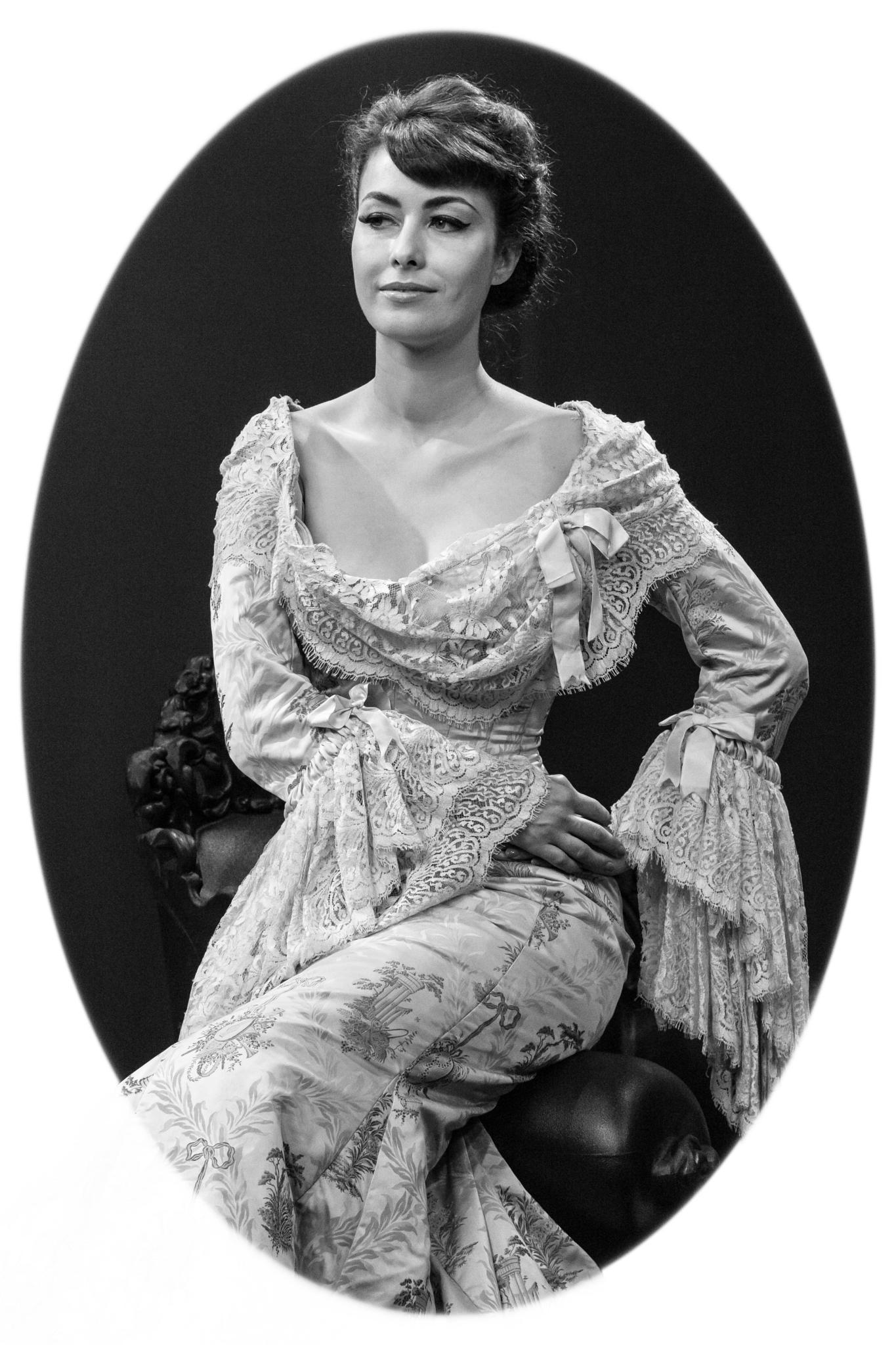 Princess Emilly Retro 2 by Paulus Charles