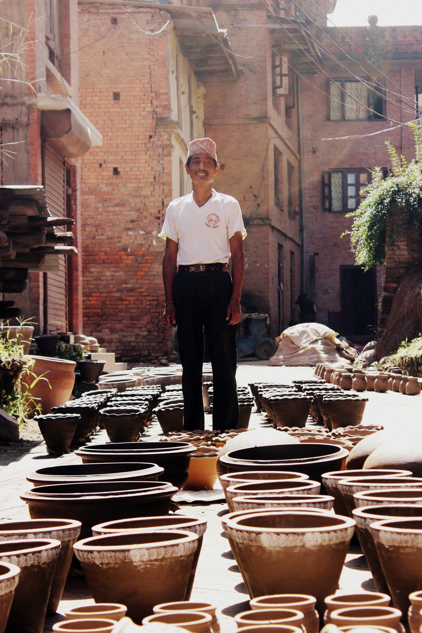Ceramist in Nepal by selien.kimpe