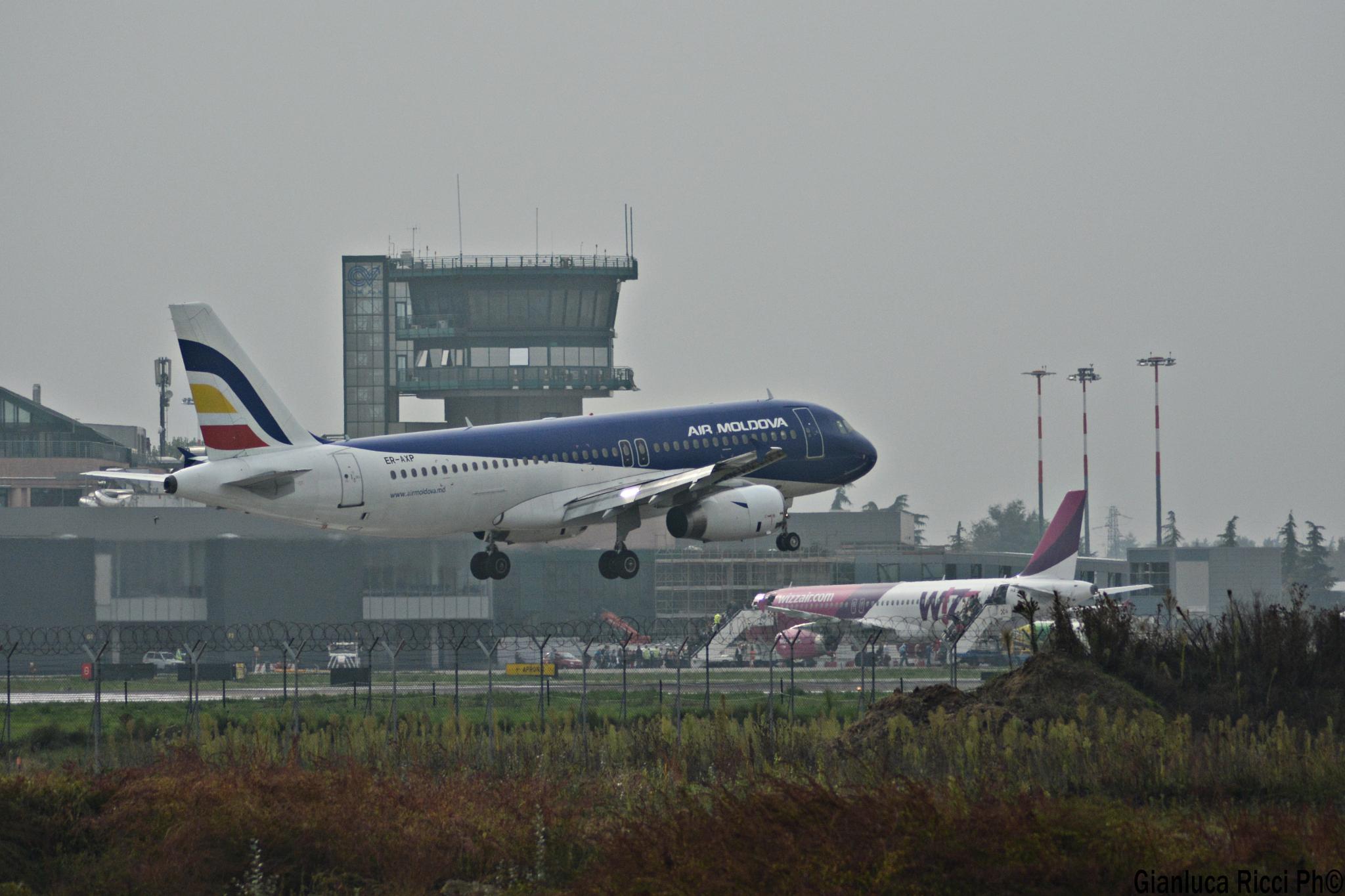 Landing by Ricci Gianluca