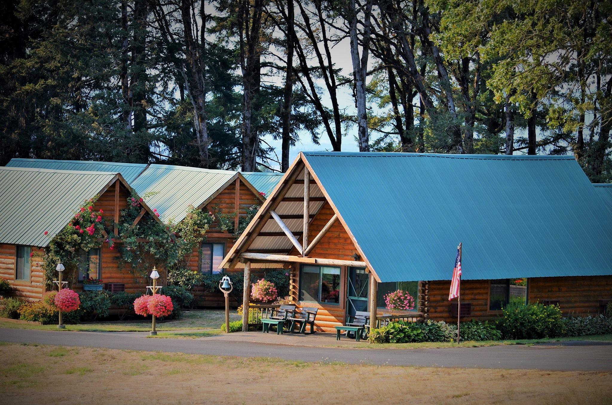 Lodges at Cherry Hill Vinyard by Boonietunes