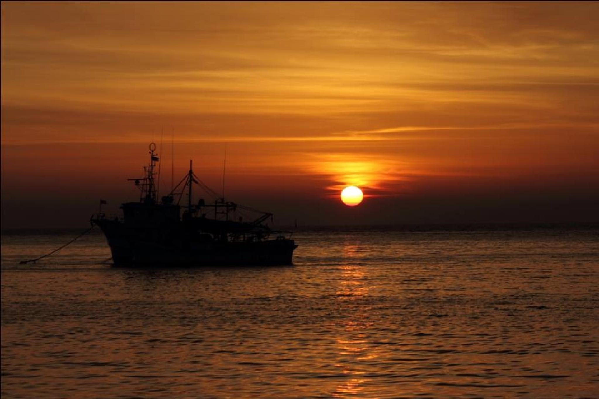 Photo in Sea and Sand #sunset #ocean #ship #photography #silhouette #goldenhour #goldensky #horizon