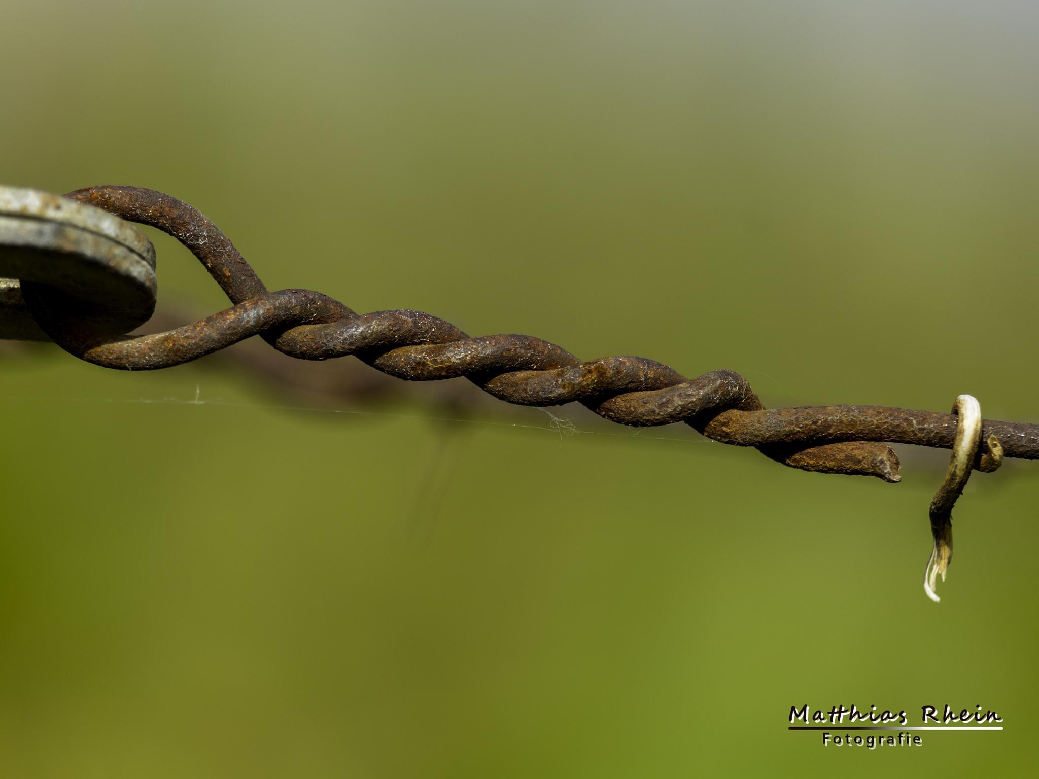 Rosty connection by MatthiasRhein