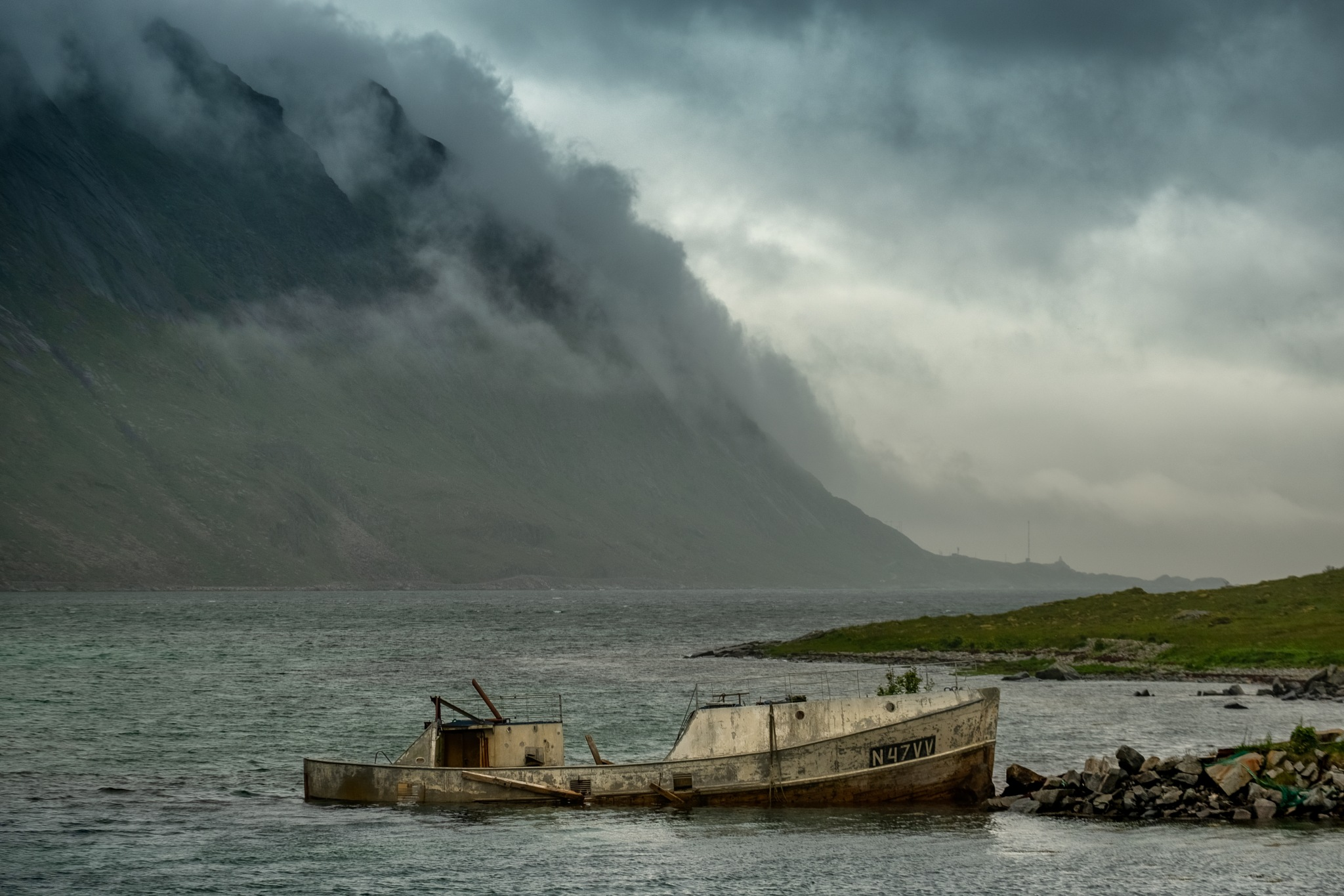 Broken ship by Anders.Mohlin
