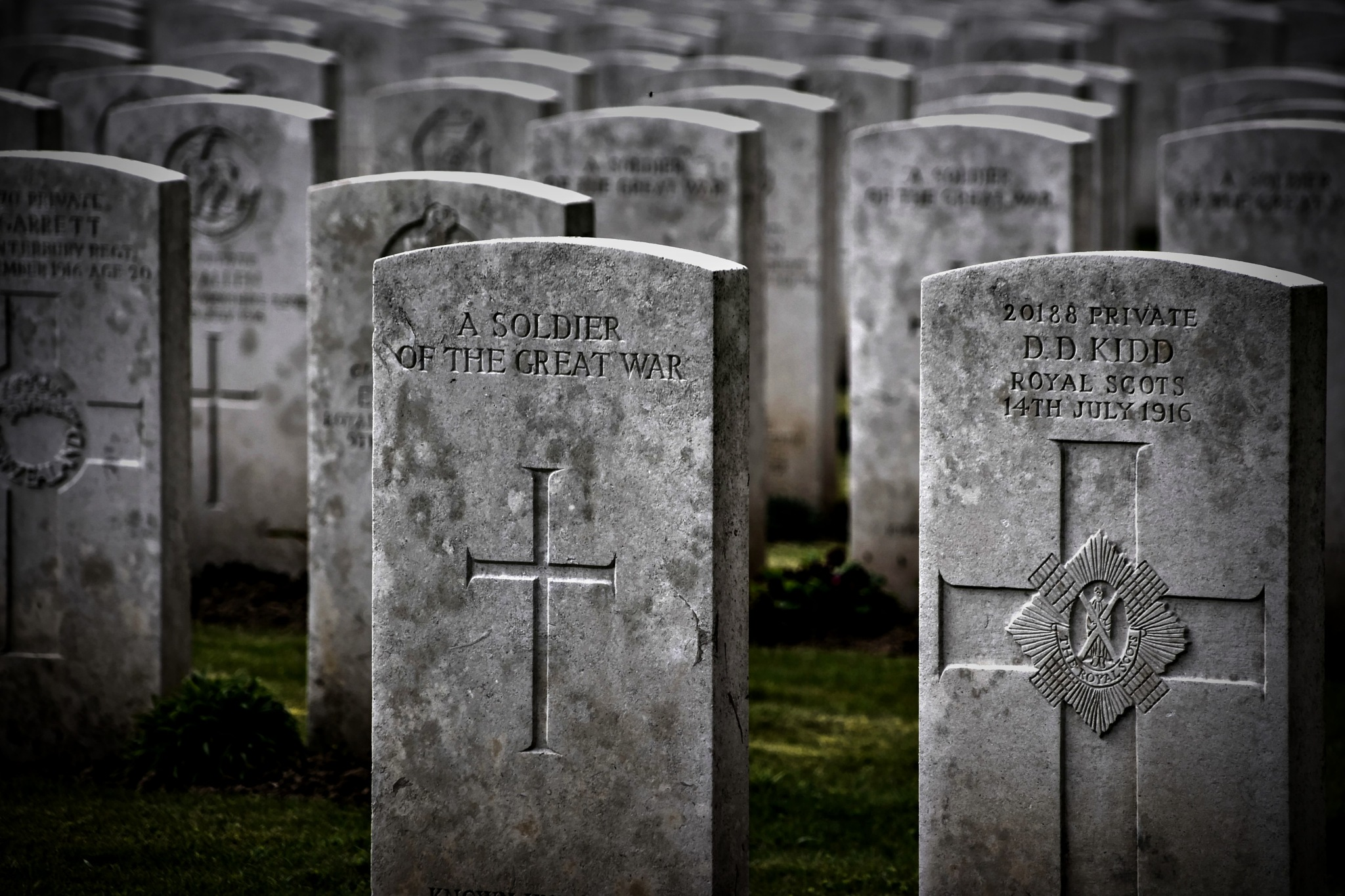 Caterpillar valley military cemetery by Steve Thomas