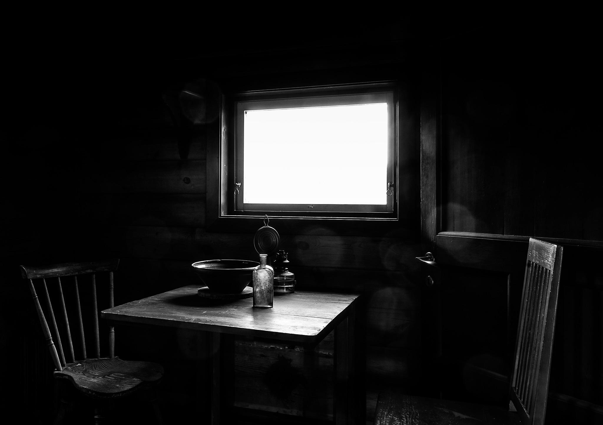 In the kitchen by Stefan Tyrbo