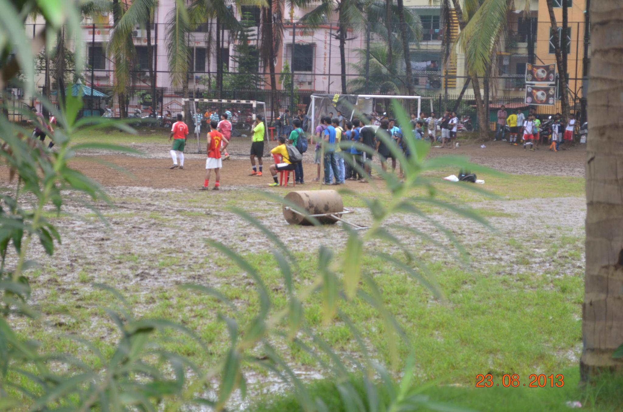 Photo in Sports #football #contest #2ndprize #creativity #mud_footbal