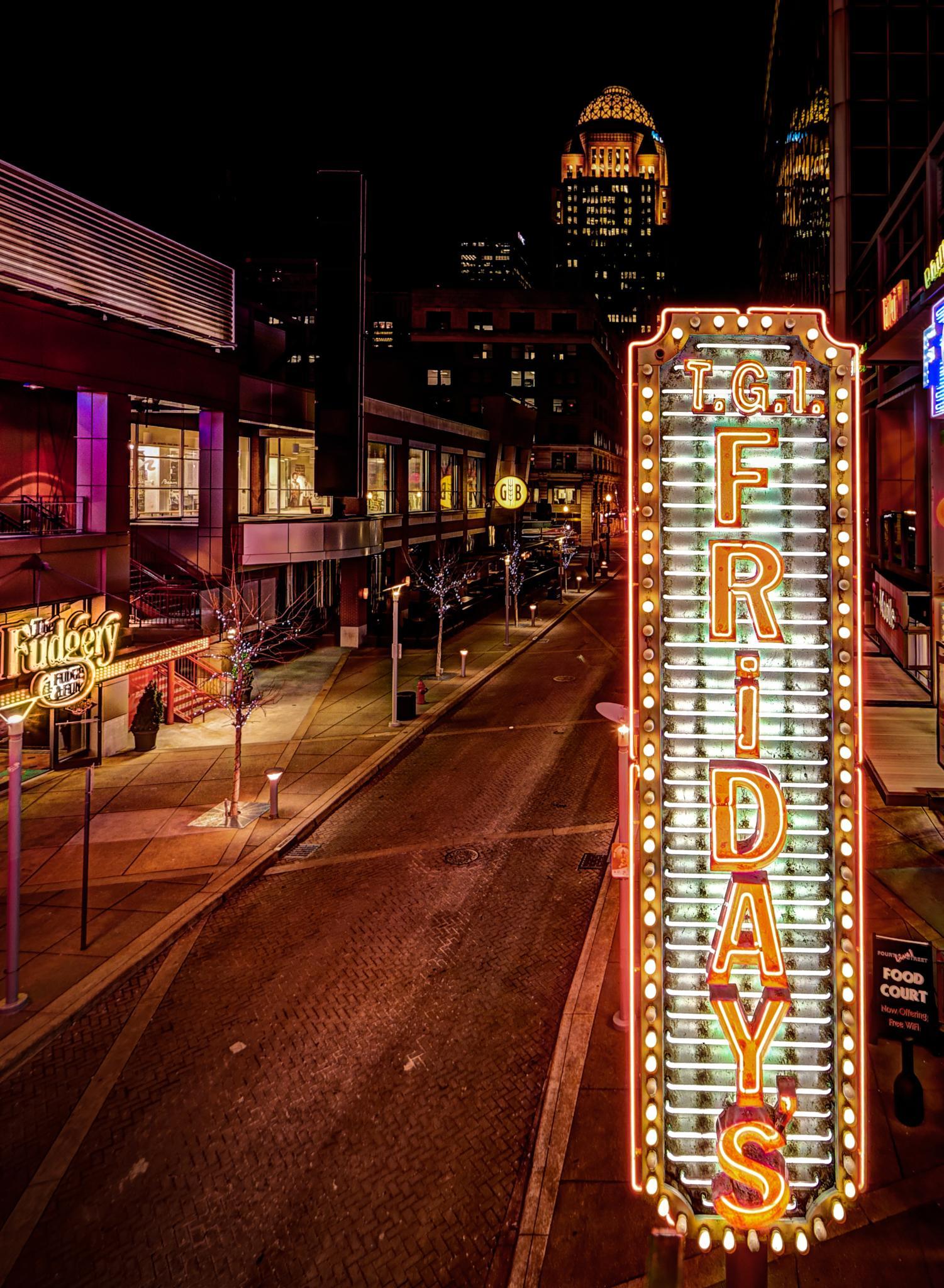 4th street live restaurants by Emmanuel Ruiz