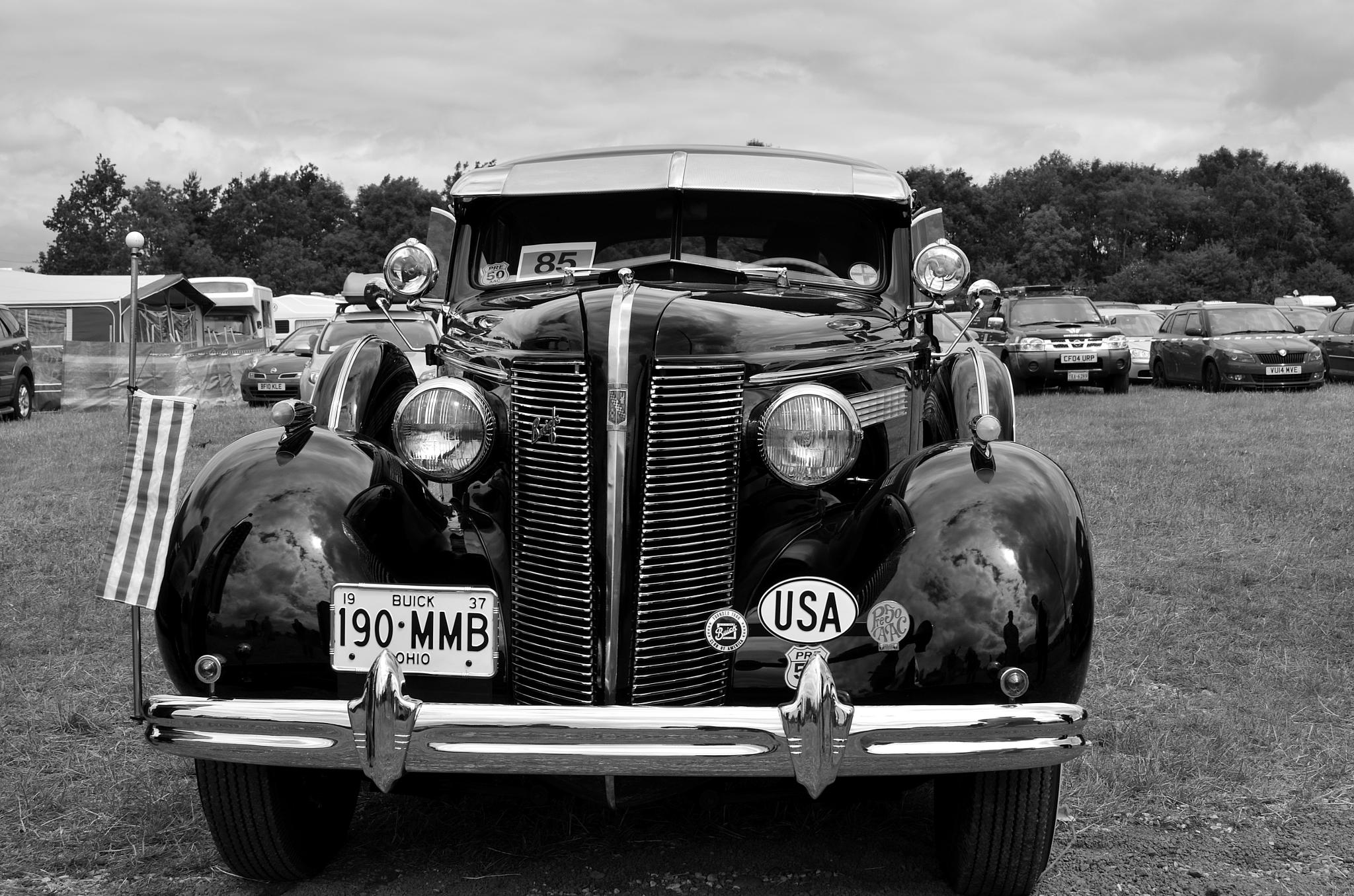 '37 Buick by AndyWaters