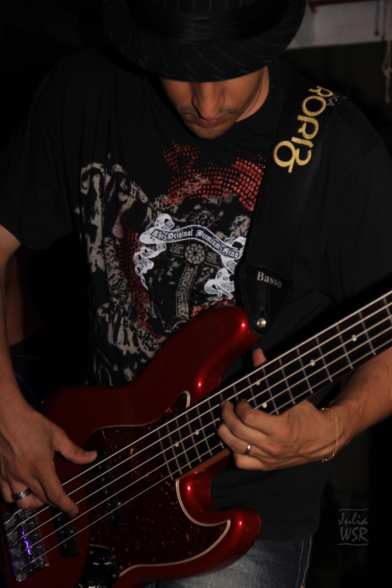 bass man by JuliaWSR