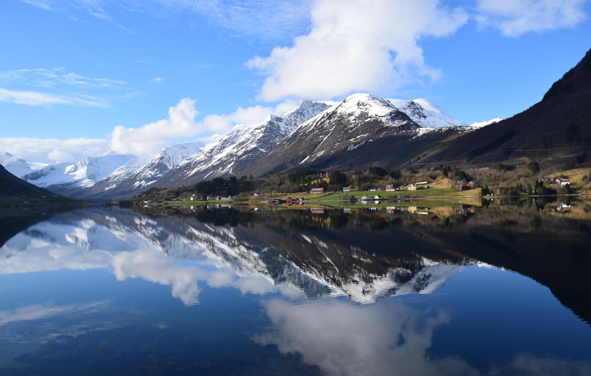 Nature in mirror by anne.l.brunstad